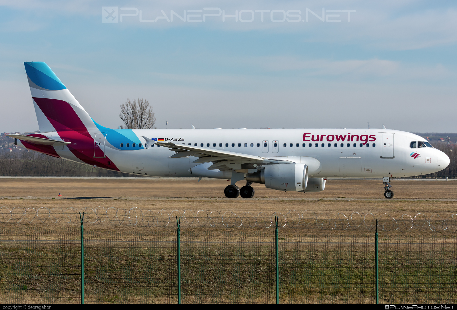 Airbus A320-216 - D-ABZE operated by Eurowings #a320 #a320family #airbus #airbus320 #eurowings