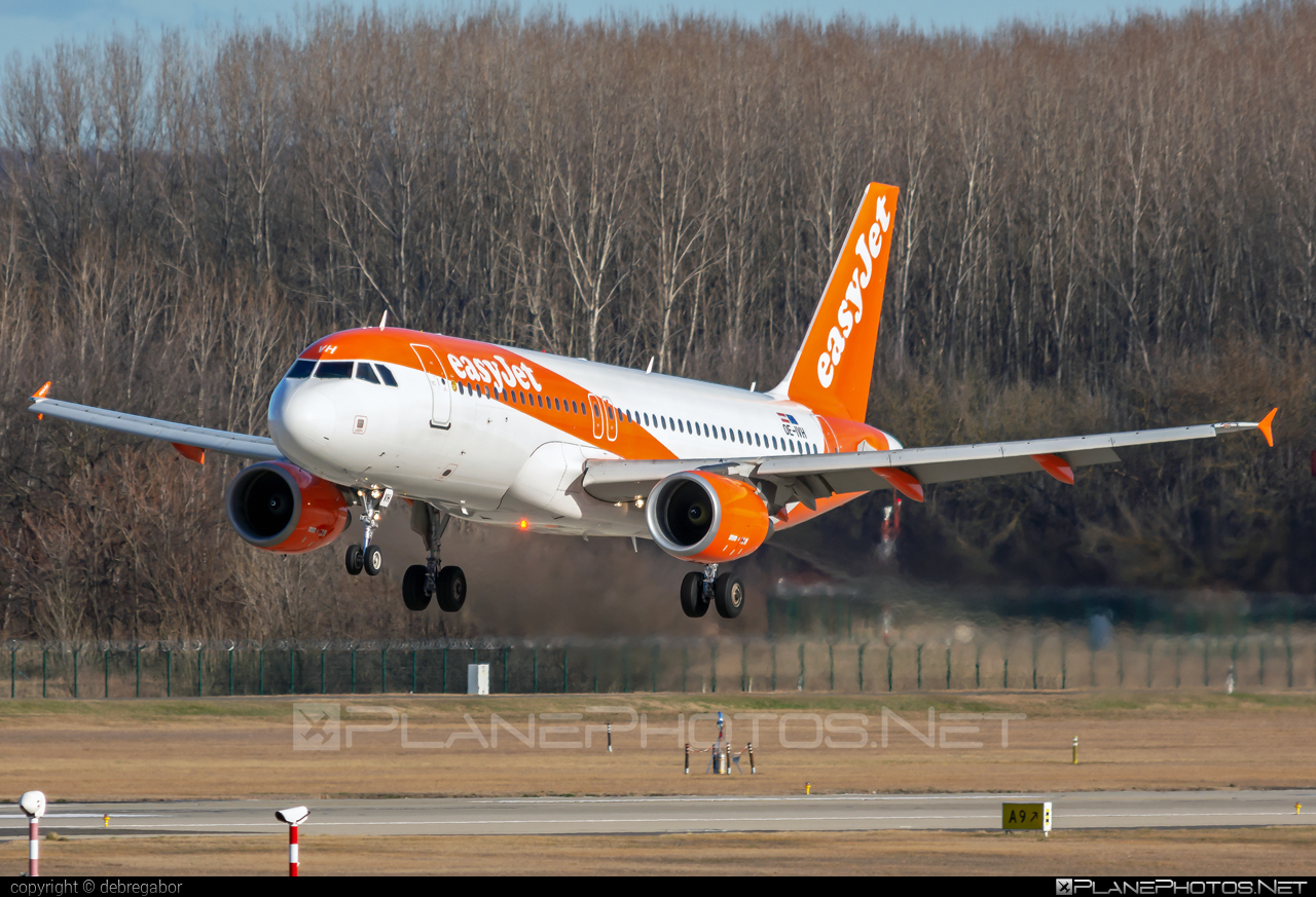 Airbus A320-214 - OE-IVH operated by easyJet Europe #a320 #a320family #airbus #airbus320 #easyjet #easyjeteurope