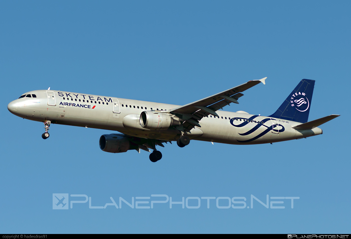 Airbus A321-212 - F-GTAE operated by Air France #a320family #a321 #airbus #airbus321 #airfrance #skyteam