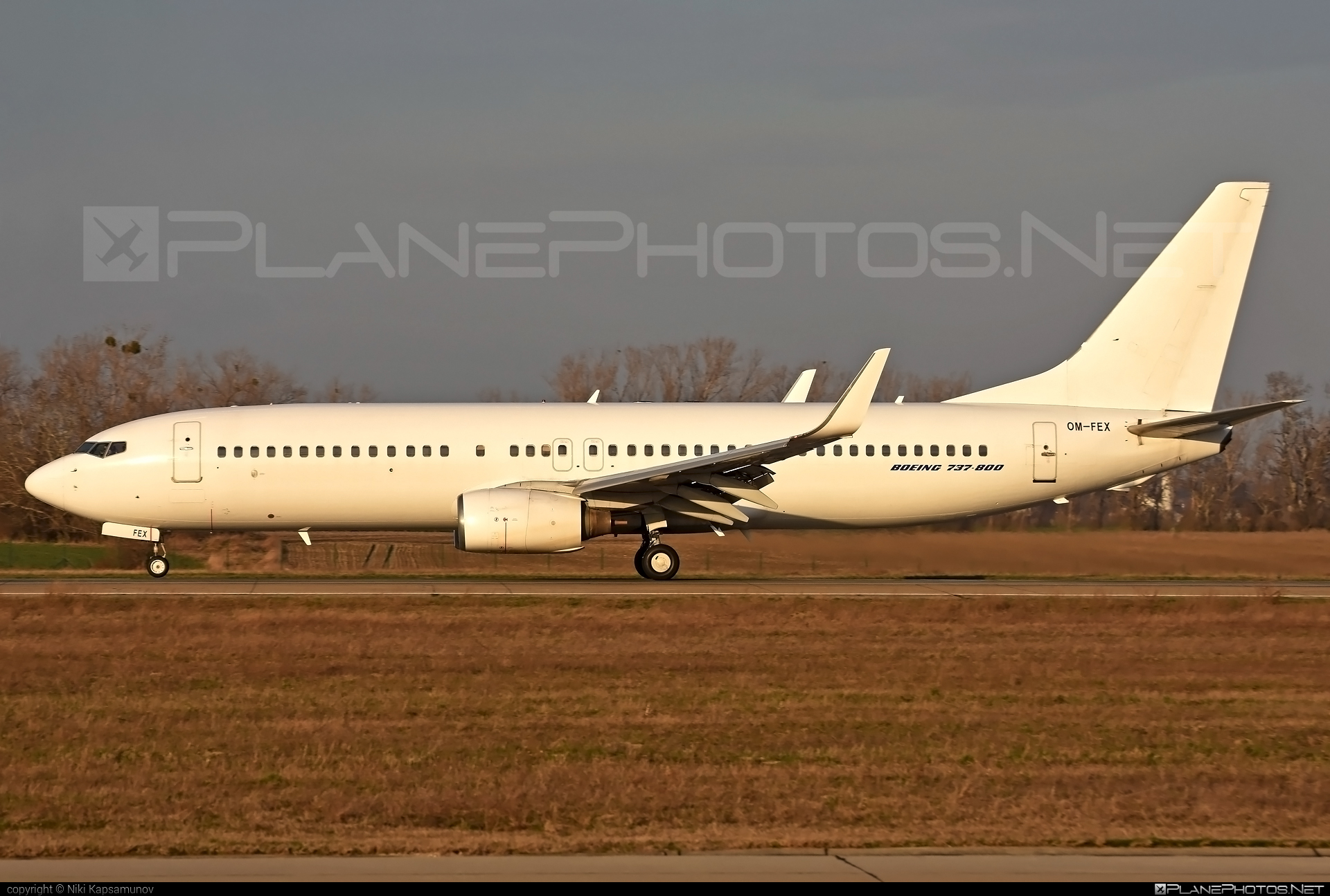 Boeing 737-800 - OM-FEX operated by AirExplore #b737 #b737nextgen #b737ng #boeing #boeing737
