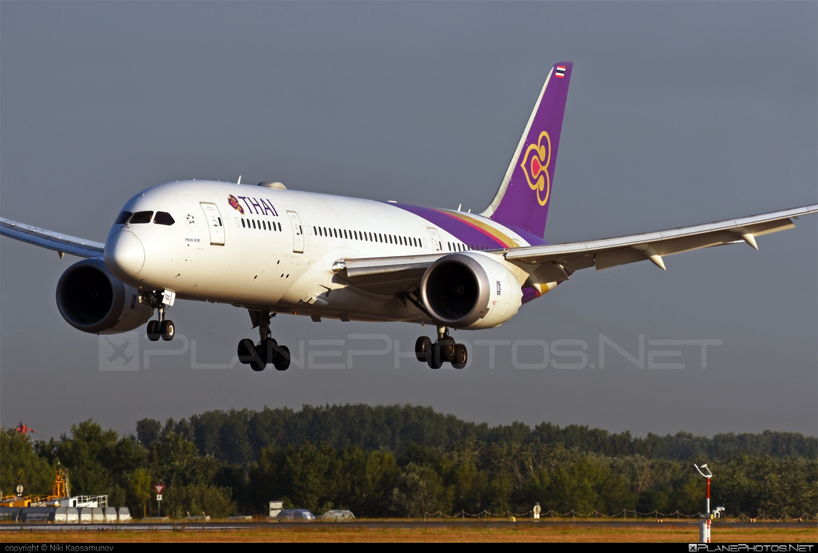 Boeing 787-8 Dreamliner - HS-TQC operated by Thai Airways #b787 #boeing #boeing787 #dreamliner #thaiairways