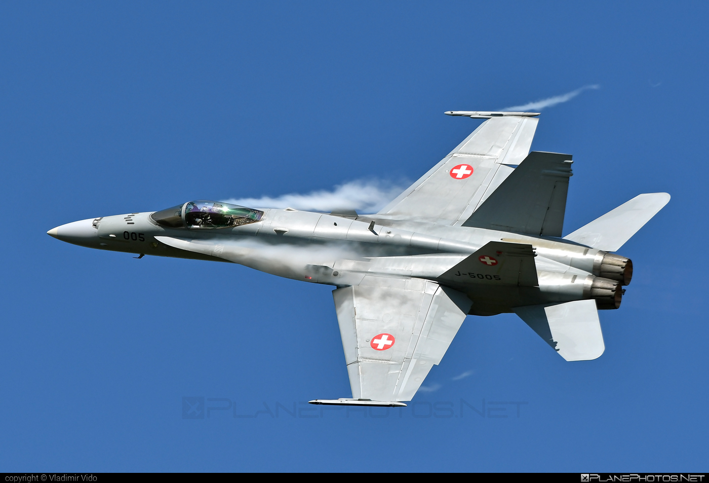 McDonnell Douglas F/A-18C Hornet - J-5005 operated by Schweizer Luftwaffe (Swiss Air Force) #f18 #f18hornet #fa18 #fa18c #fa18hornet #mcdonnelldouglas