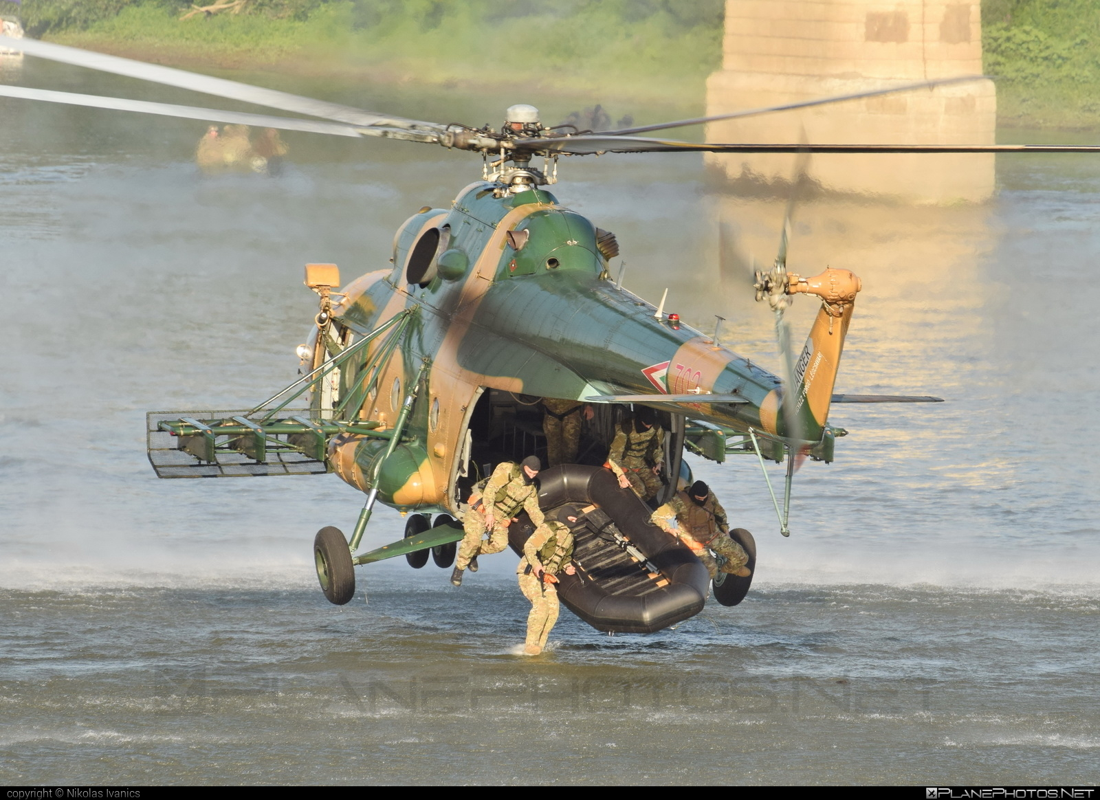 Mil Mi-17 - 702 operated by Magyar Légierő (Hungarian Air Force) #hungarianairforce #magyarlegiero #mi17 #mil #mil17 #milhelicopters