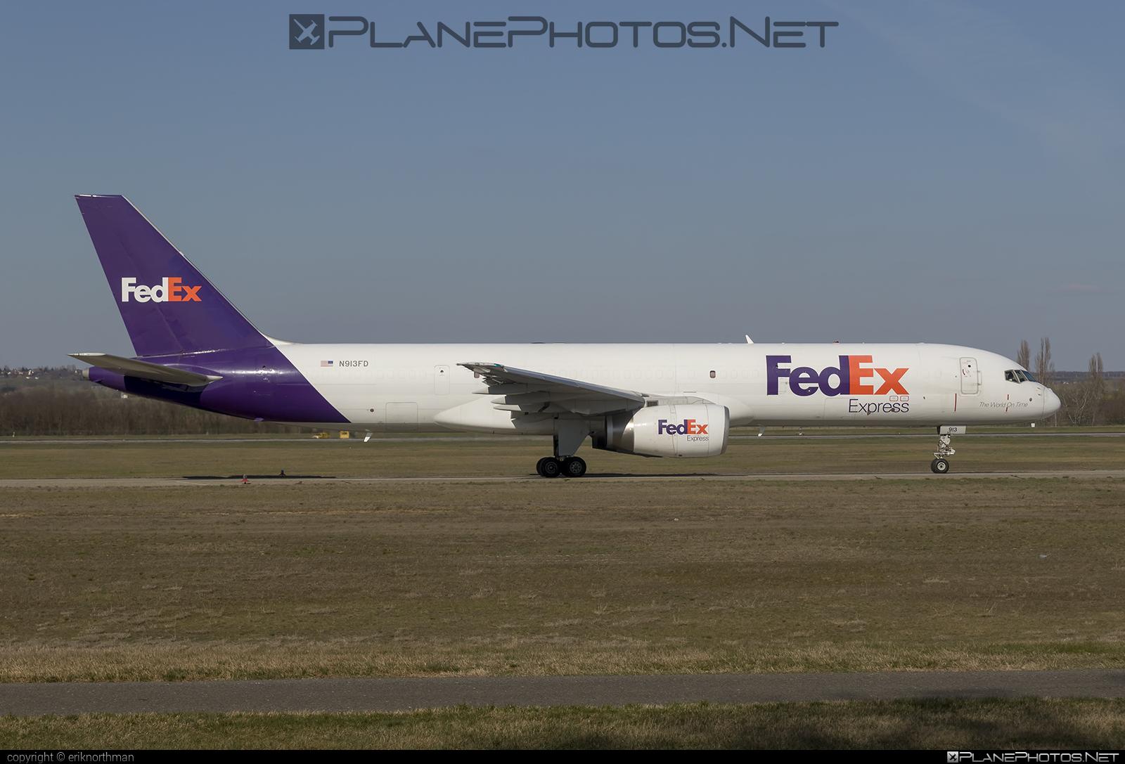 Boeing 757-200SF - N913FD operated by FedEx Express #b757 #boeing #boeing757 #fedex #fedexairlines #fedexexpress