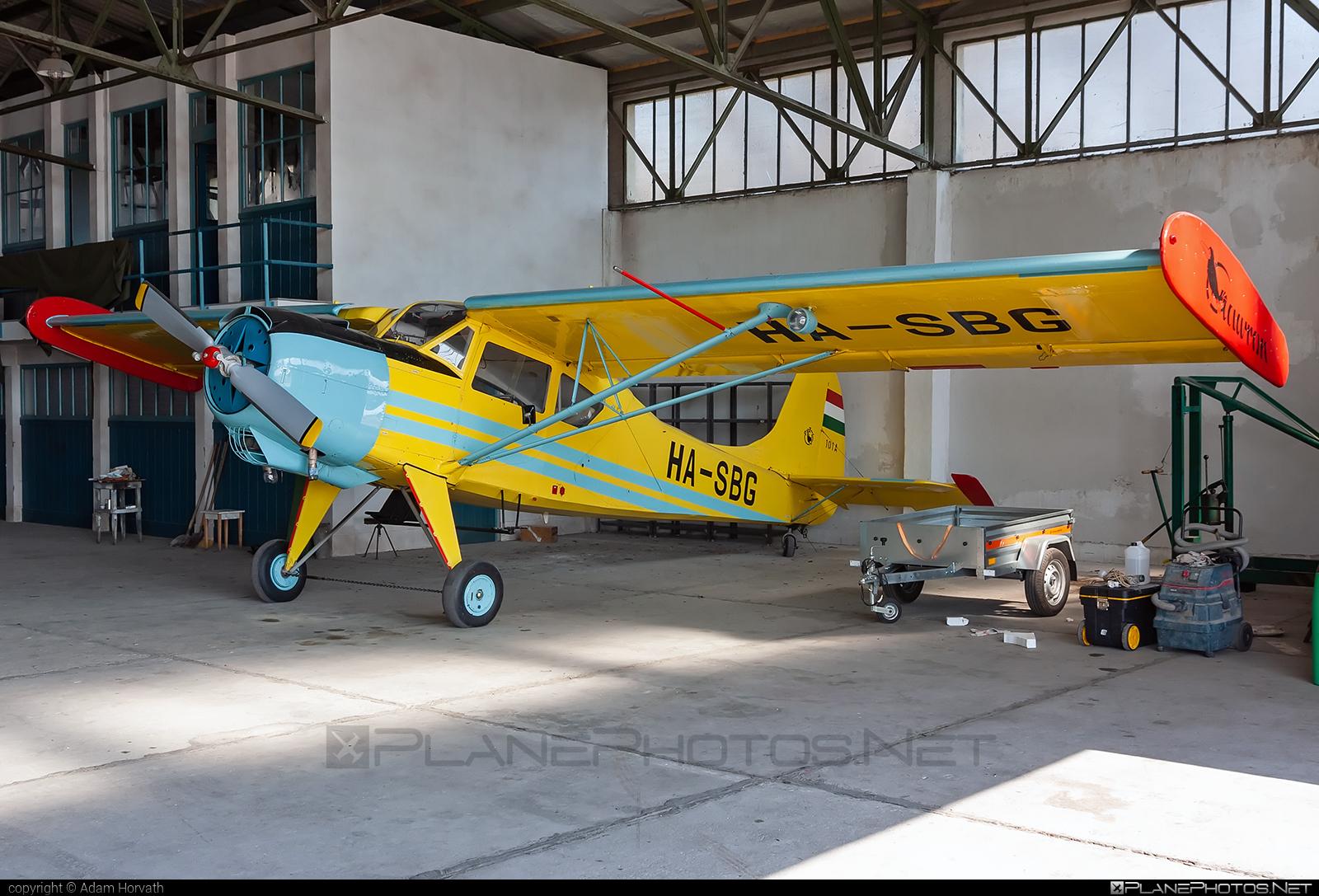 PZL-Okęcie PZL-101 Gawron - HA-SBG operated by Private operator #pzl #pzlokecie