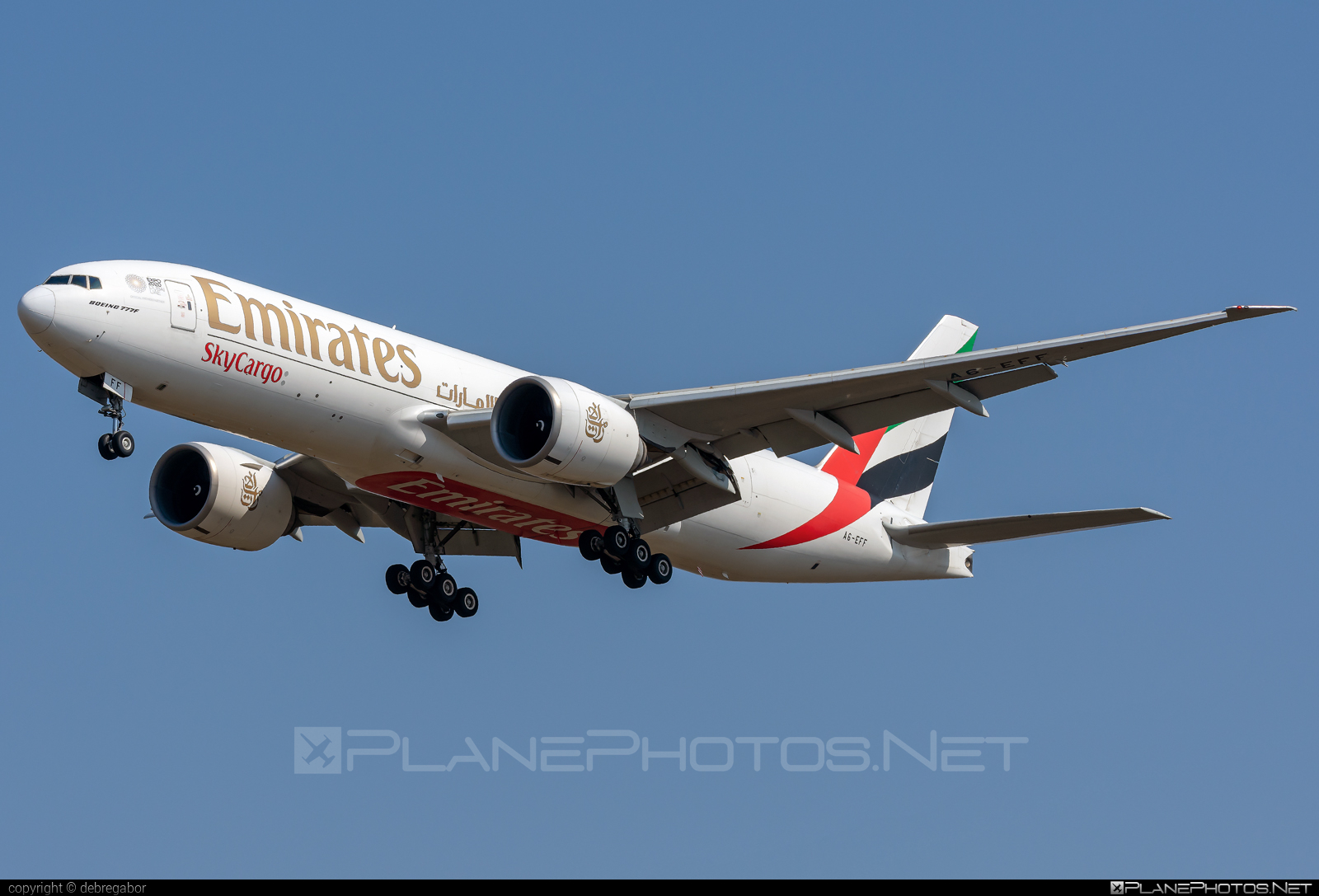 Boeing 777F - A6-EFF operated by Emirates SkyCargo #b777 #b777f #b777freighter #boeing #boeing777 #tripleseven