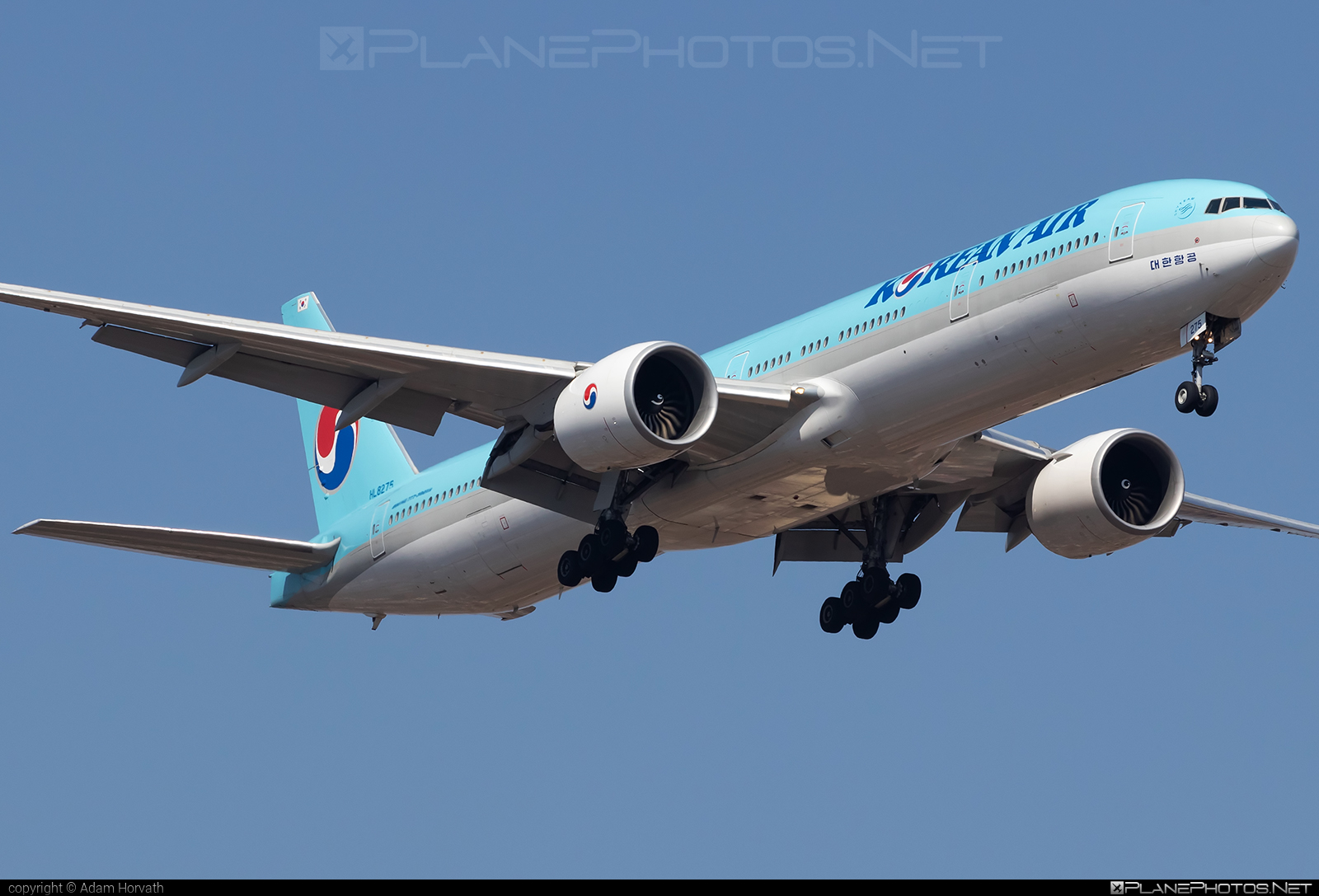 Boeing 777-300ER - HL8275 operated by Korean Air #b777 #b777er #boeing #boeing777 #koreanair #tripleseven