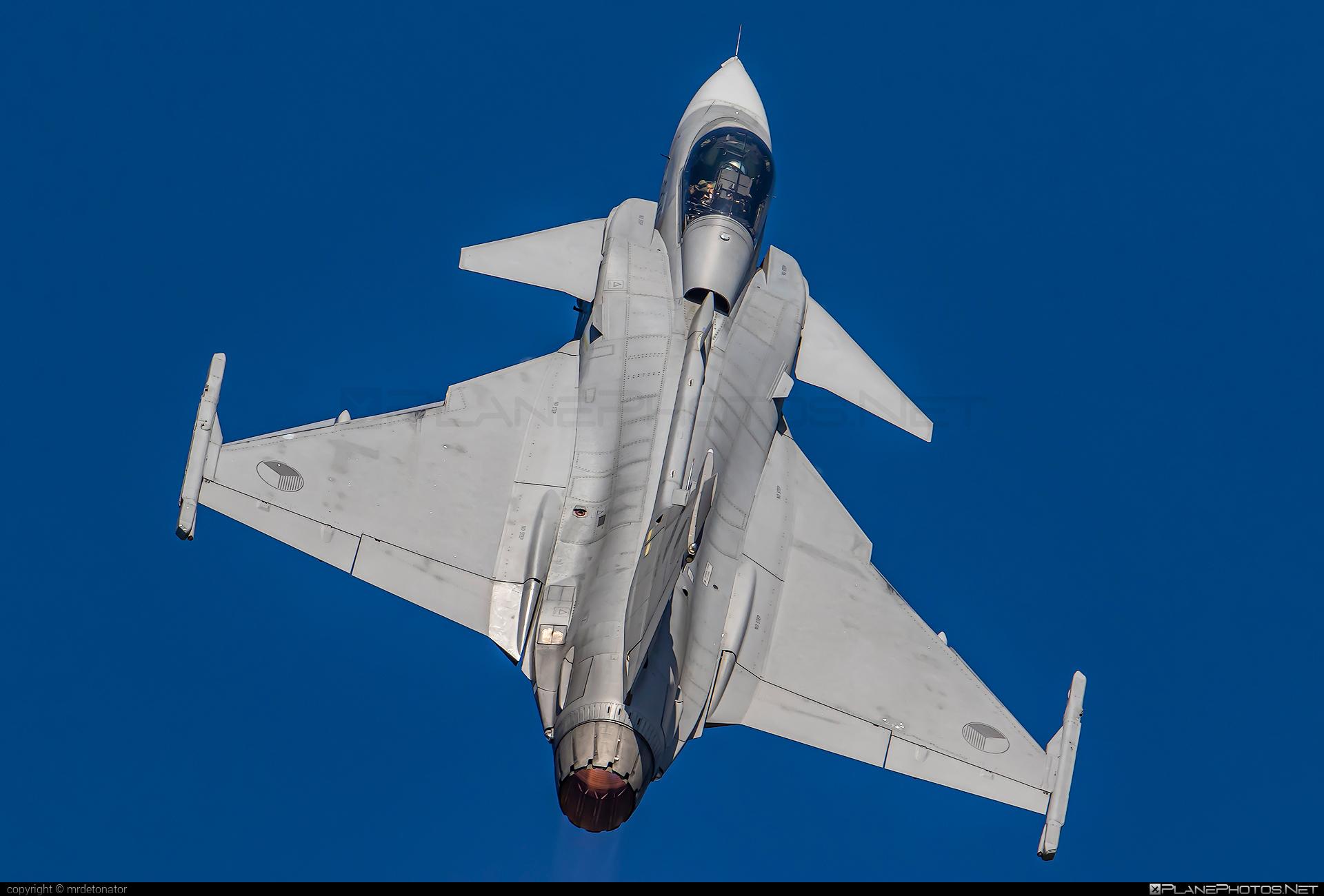 Saab JAS 39C Gripen - 9242 operated by Vzdušné síly AČR (Czech Air Force) #czechairforce #gripen #jas39 #jas39c #jas39gripen #natodays2019 #saab #vzdusnesilyacr