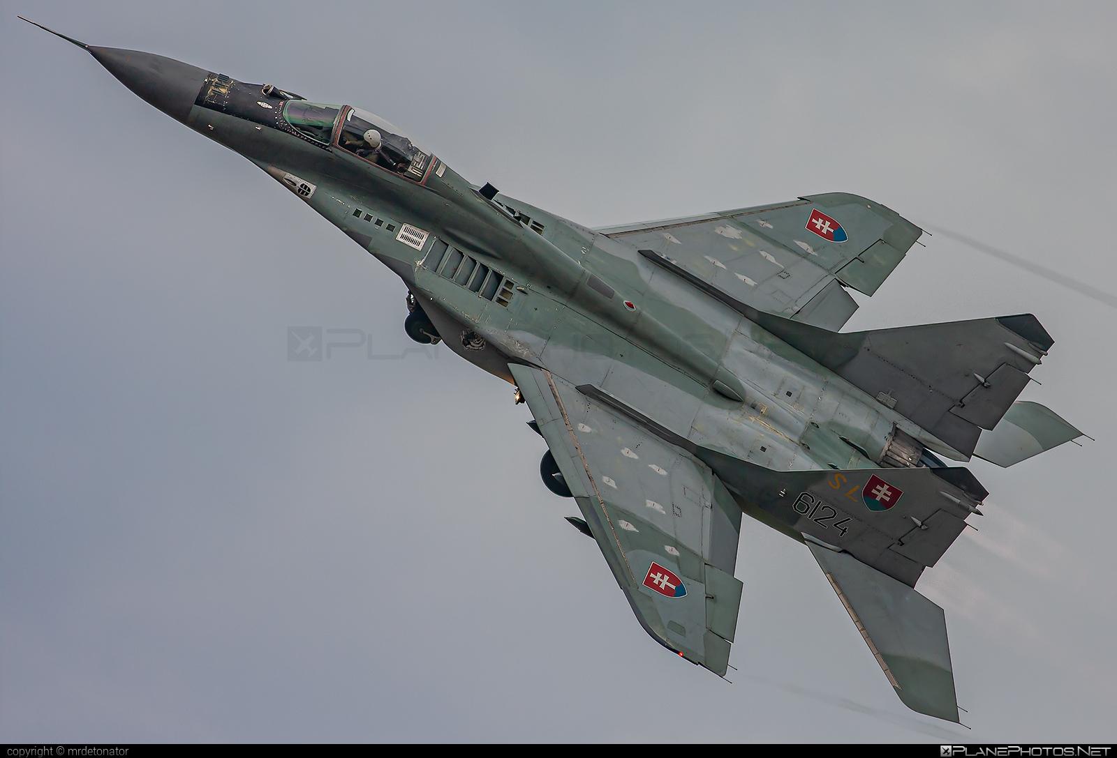 Mikoyan-Gurevich MiG-29AS - 6124 operated by Vzdušné sily OS SR (Slovak Air Force) #mig #mig29 #mig29as #mikoyangurevich #slovakairforce #vzdusnesilyossr