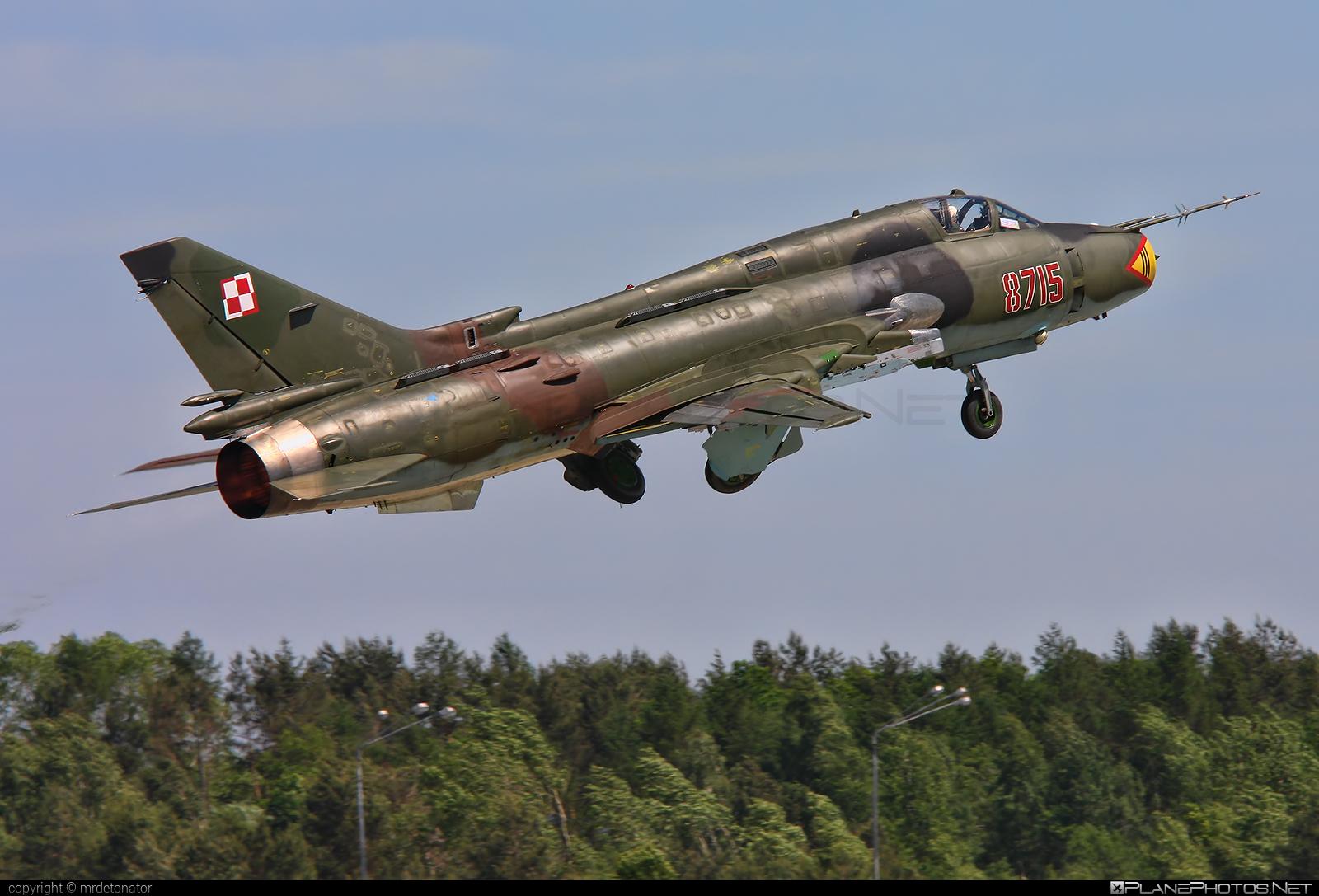 Sukhoi Su-22M4 - 8715 operated by Siły Powietrzne Rzeczypospolitej Polskiej (Polish Air Force) #polishairforce #silypowietrzne #sukhoi