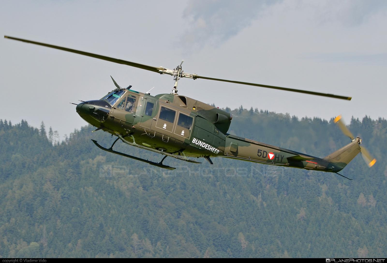 Bell 212 - 5D-HY operated by Österreichische Luftstreitkräfte (Austrian Air Force) #austrianairforce #bell #bell212 #bellhelicopters