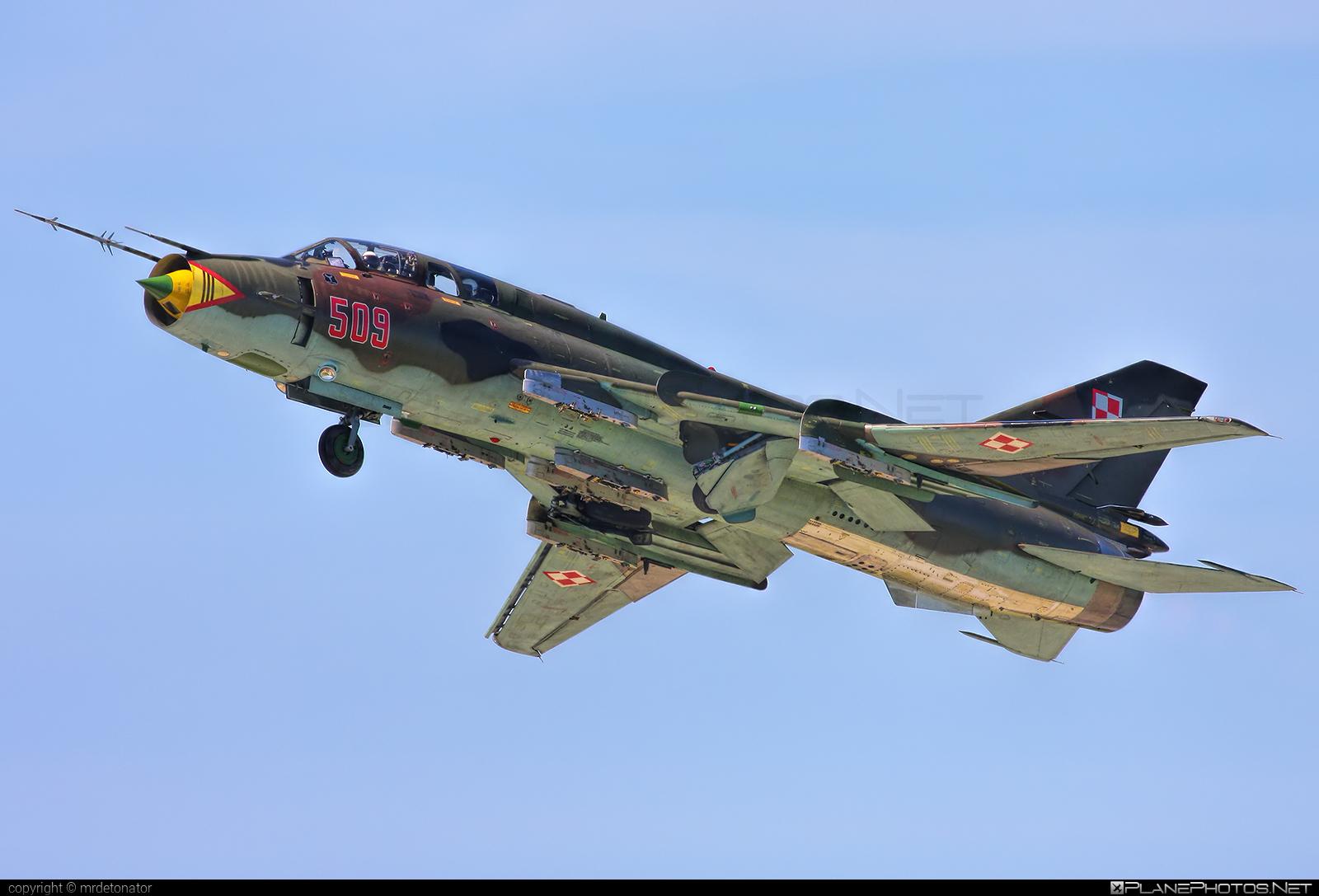 Sukhoi Su-22UM3K - 509 operated by Siły Powietrzne Rzeczypospolitej Polskiej (Polish Air Force) #polishairforce #silypowietrzne #sukhoi