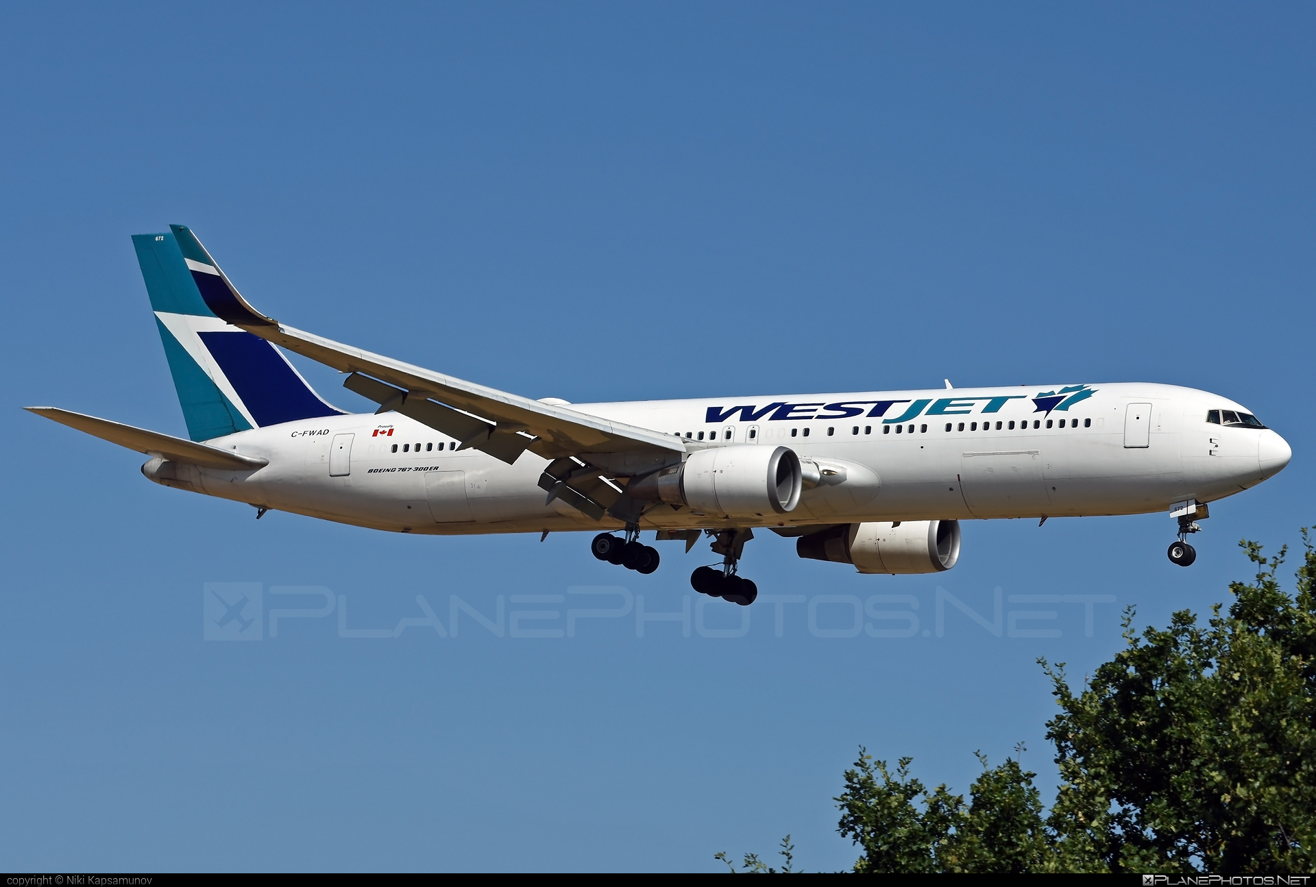 Boeing 767-300ER - C-FWAD operated by WestJet Airlines #b767 #b767er #boeing #boeing767