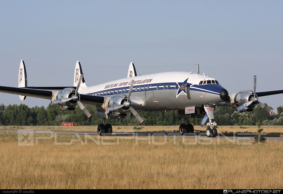 Lockheed L-1049F Super Constellation - HB-RSC operated by Super Constellation Flyers Association #lockheed