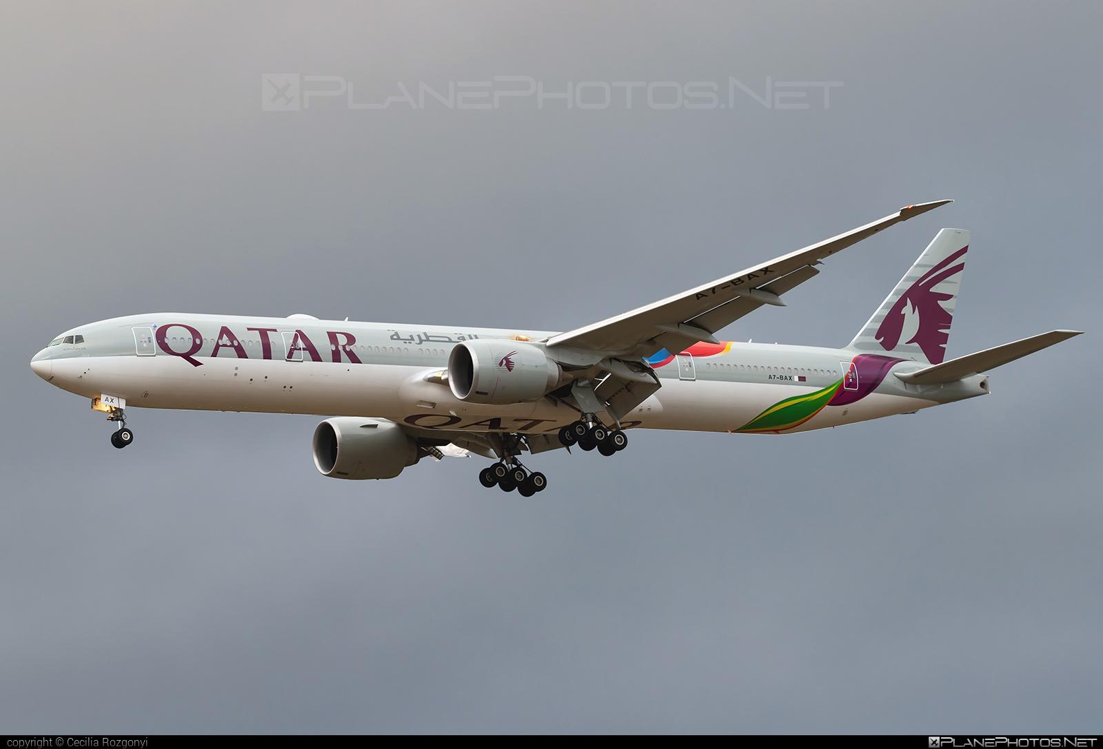 Boeing 777-300ER - A7-BAX operated by Qatar Airways #b777 #b777er #boeing #boeing777 #qatarairways #tripleseven