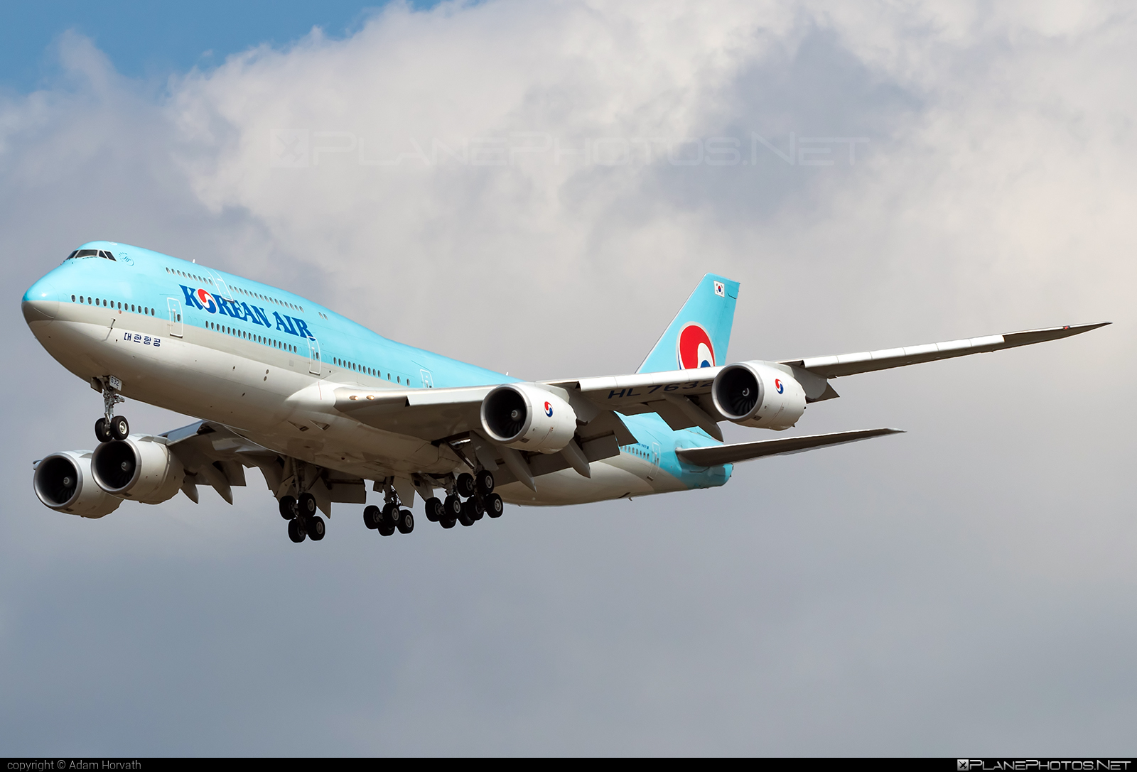 Boeing 747-8 - HL7632 operated by Korean Air #b747 #boeing #boeing747 #jumbo #koreanair