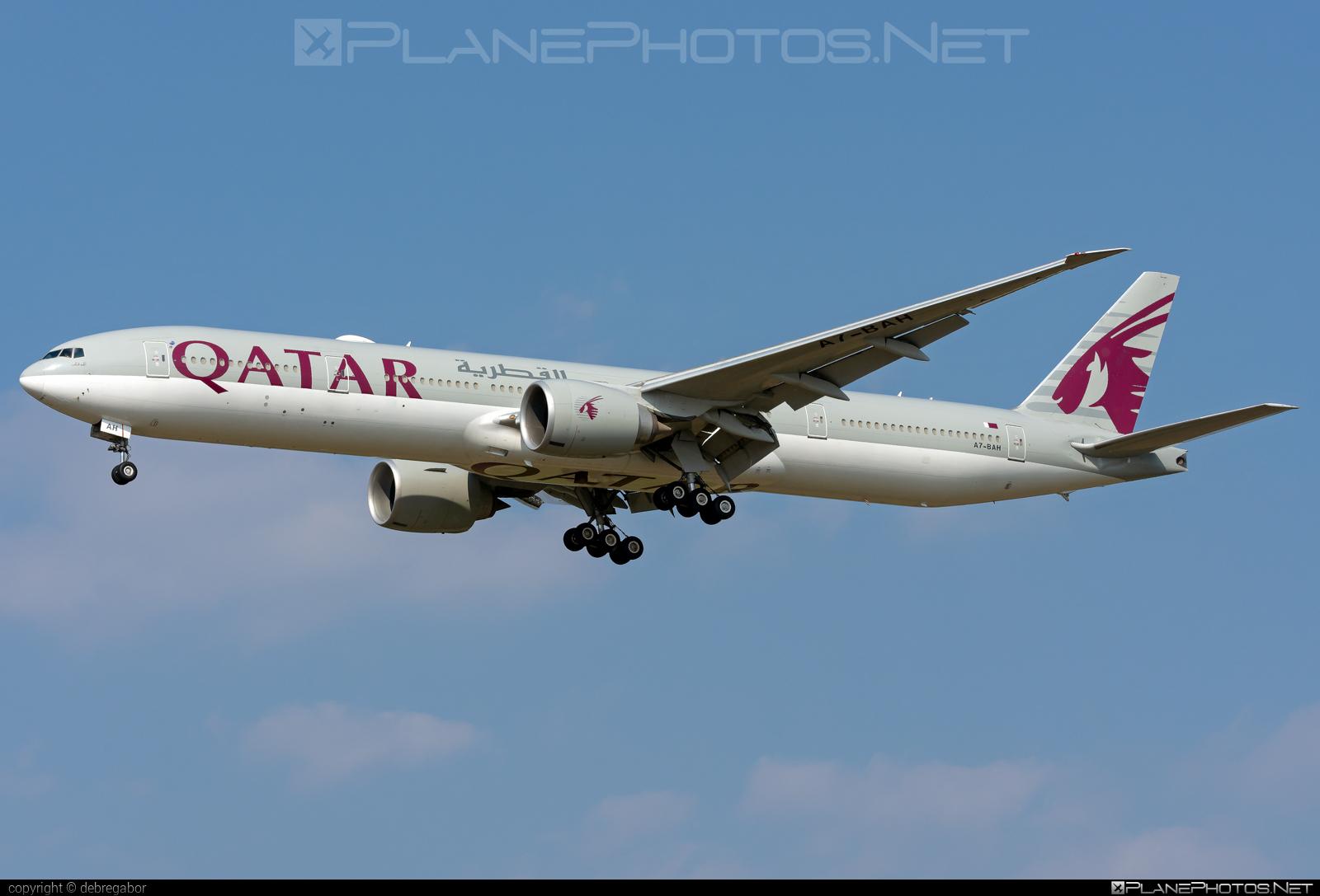 Boeing 777-300ER - A7-BAH operated by Qatar Airways #b777 #b777er #boeing #boeing777 #qatarairways #tripleseven