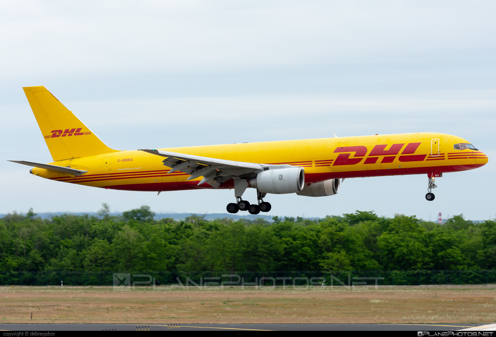 Boeing 757-200SF - G-BMRA operated by DHL Air #b757 #boeing #boeing757