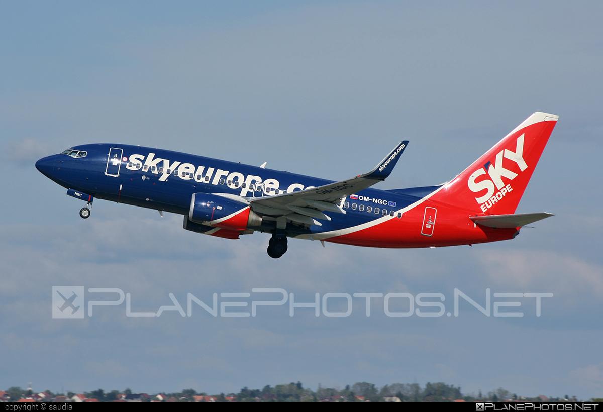 Boeing 737-700 - OM-NGC operated by SkyEurope Airlines #b737 #b737nextgen #b737ng #boeing #boeing737