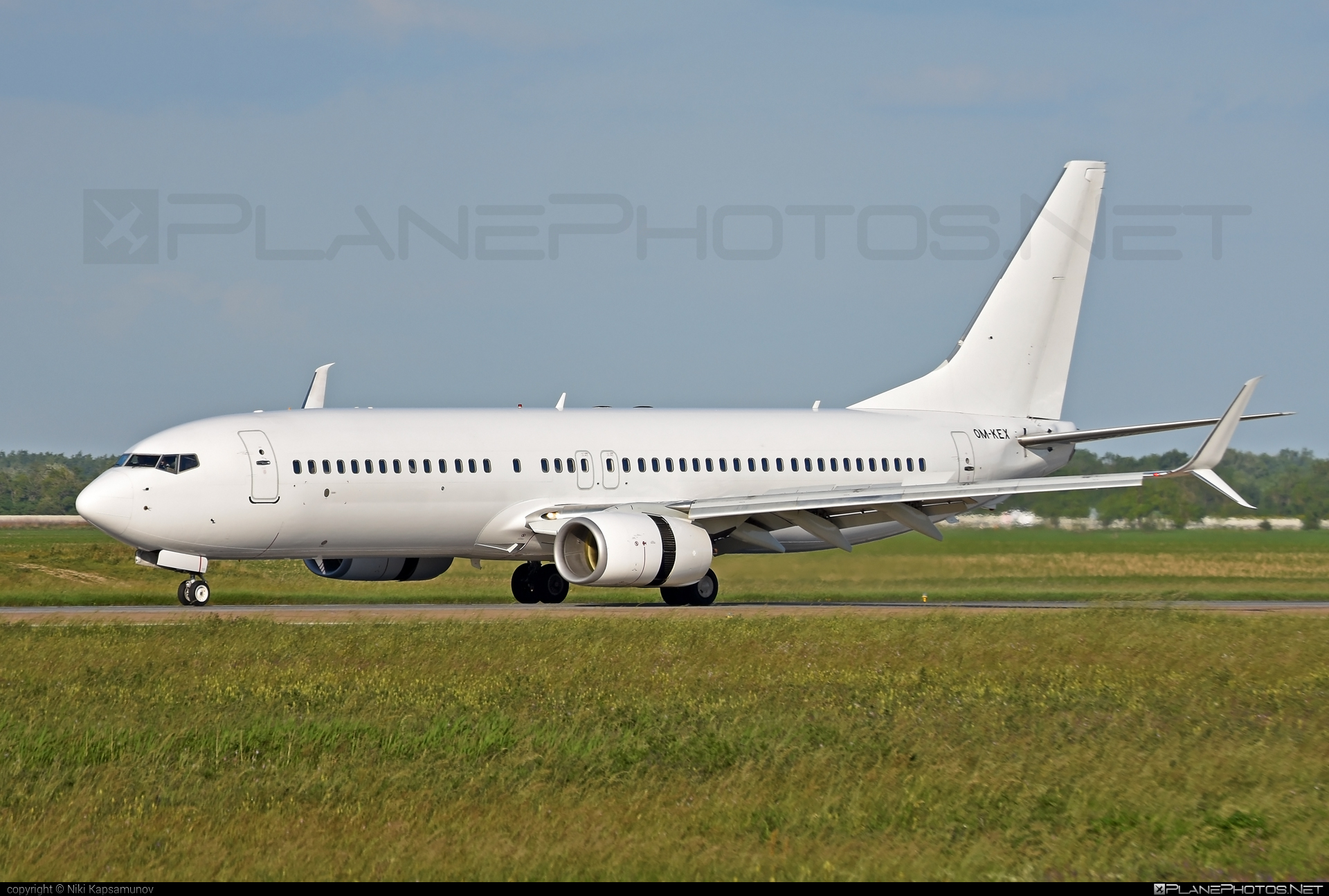 Boeing 737-800 - OM-KEX operated by AirExplore #b737 #b737nextgen #b737ng #boeing #boeing737