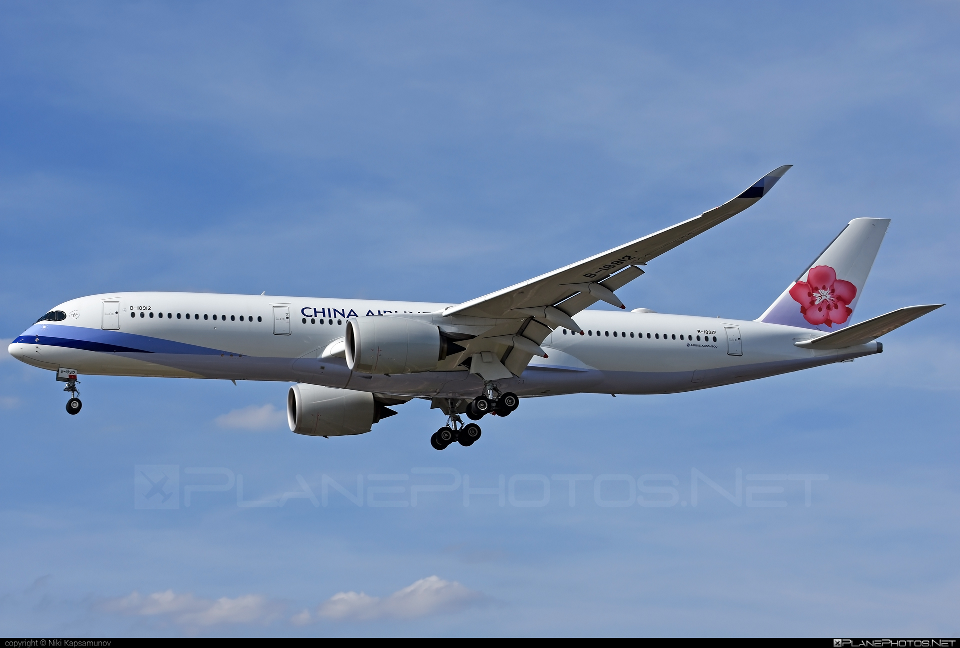 Airbus A350-941 - B-18912 operated by China Airlines #a350 #a350family #airbus #airbus350 #chinaairlines #xwb