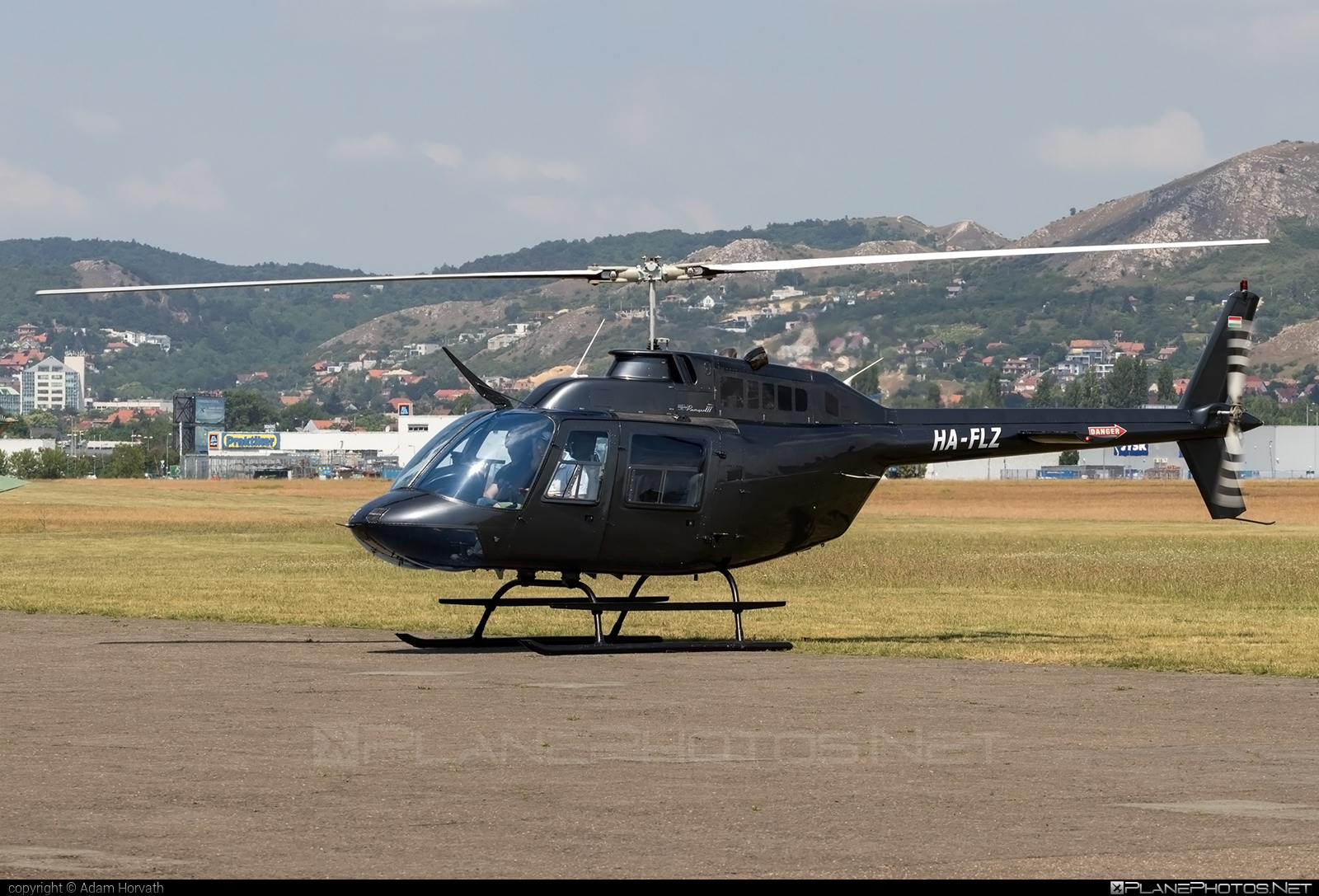 Bell 206B-3 JetRanger III - HA-FLZ operated by Fly-Coop #bell #bellhelicopters