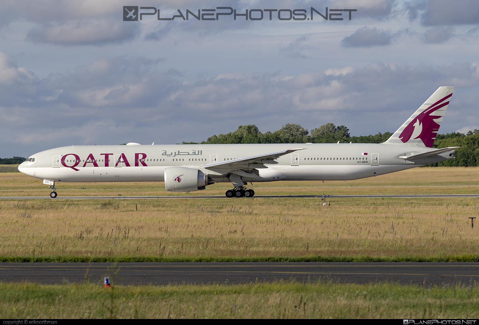 Boeing 777-300ER - A7-BER operated by Qatar Airways #b777 #b777er #boeing #boeing777 #qatarairways #tripleseven