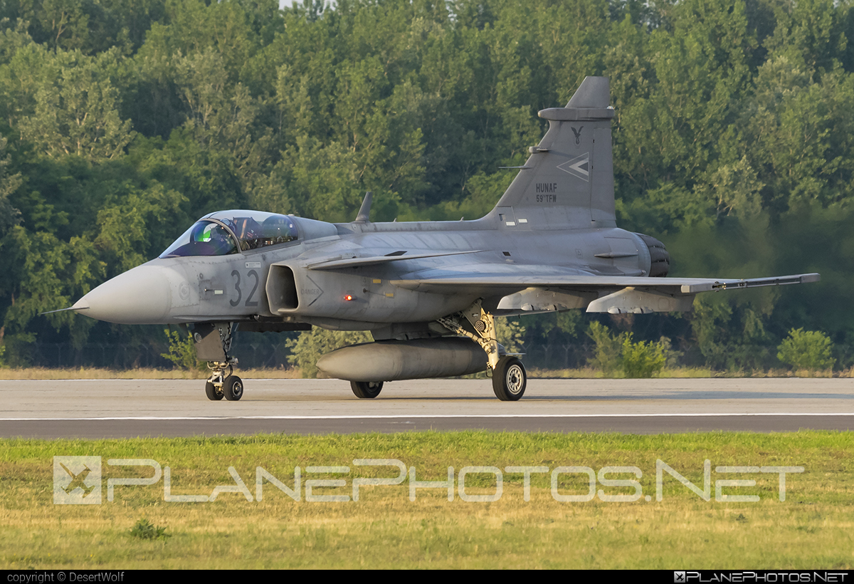 Saab JAS 39C Gripen - 32 operated by Magyar Légierő (Hungarian Air Force) #gripen #hungarianairforce #jas39 #jas39c #jas39gripen #magyarlegiero #saab