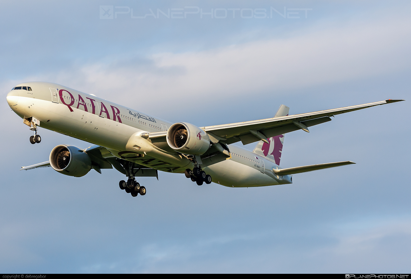 Boeing 777-300ER - A7-BAI operated by Qatar Airways #b777 #b777er #boeing #boeing777 #qatarairways #tripleseven