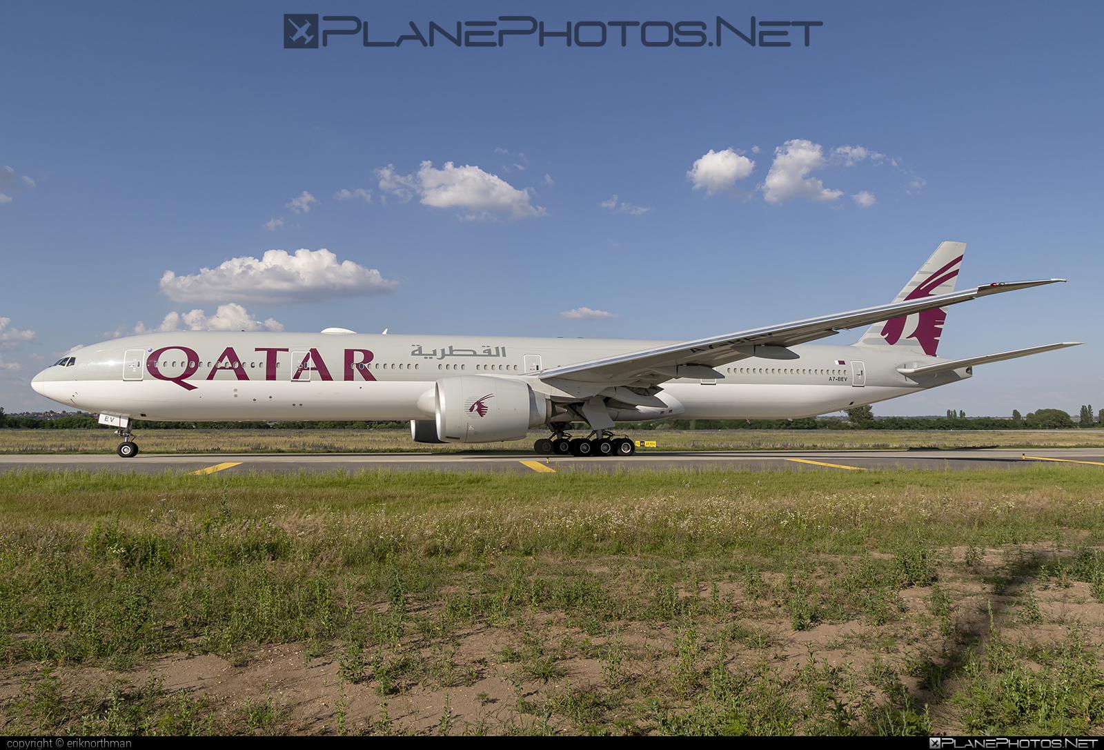 Boeing 777-300ER - A7-BEV operated by Qatar Airways #b777 #b777er #boeing #boeing777 #qatarairways #tripleseven