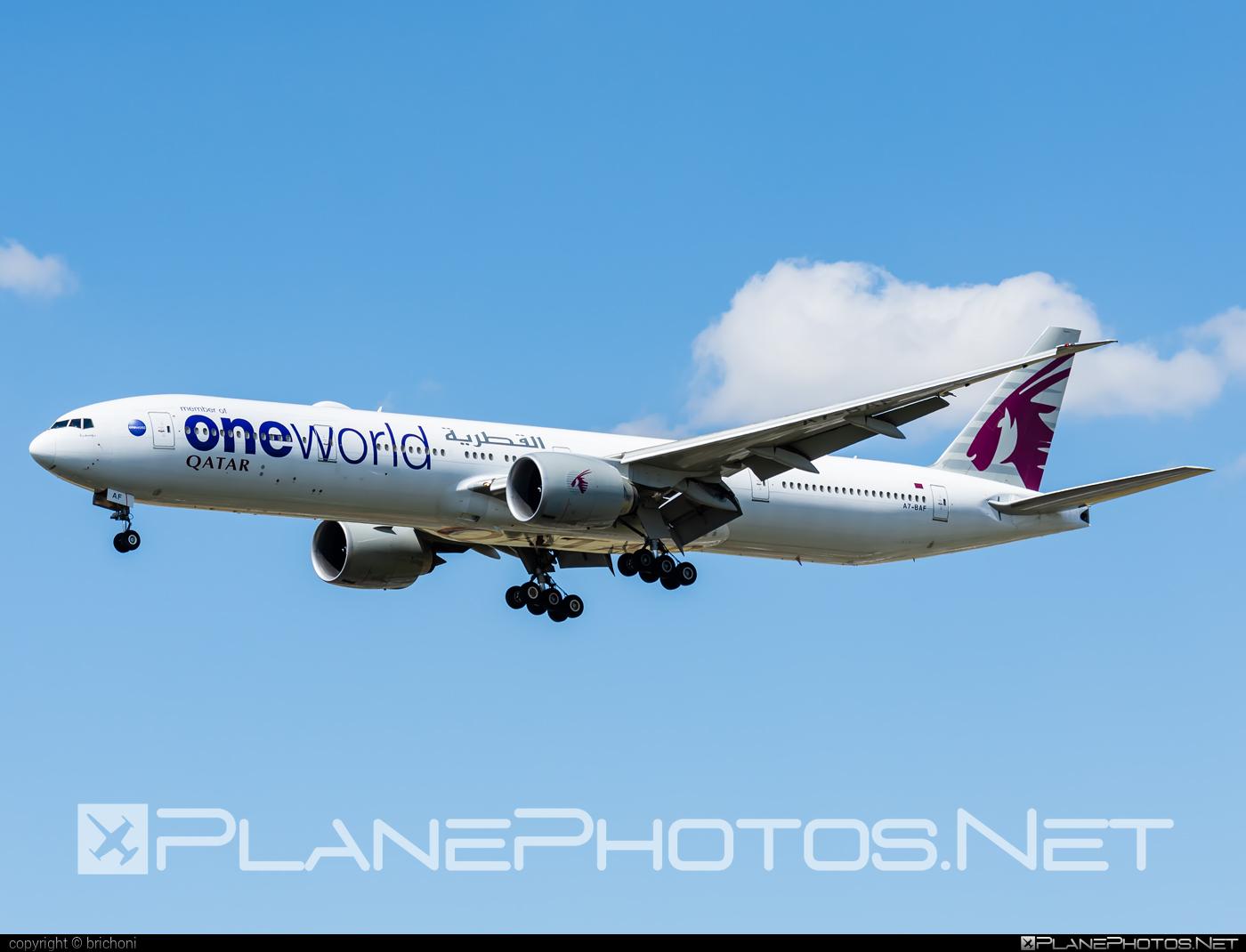 Boeing 777-300ER - A7-BAF operated by Qatar Airways #b777 #b777er #boeing #boeing777 #oneworld #qatarairways #tripleseven