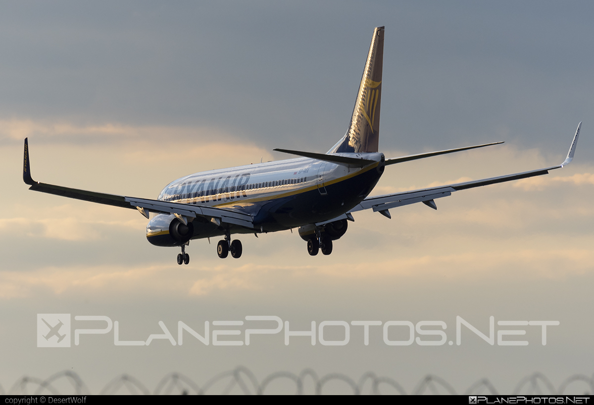 Boeing 737-800 - SP-RKK operated by Ryanair Sun #b737 #b737nextgen #b737ng #boeing #boeing737 #ryanair #ryanairsun