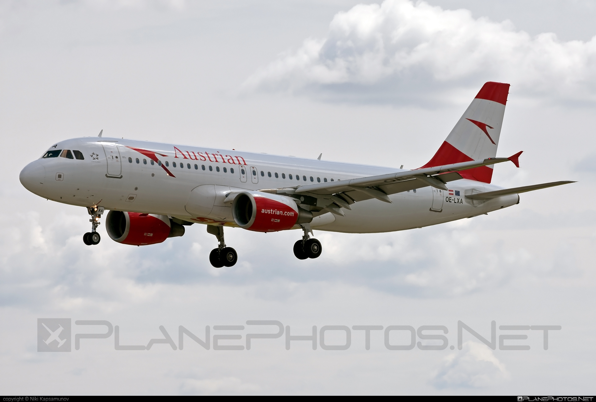Airbus A320-216 - OE-LXA operated by Austrian Airlines #a320 #a320family #airbus #airbus320
