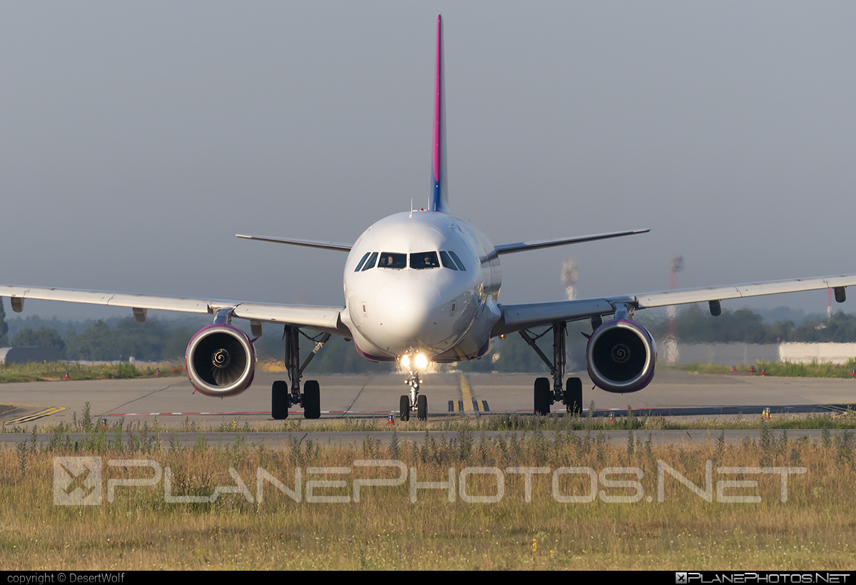 Airbus A320-232 - HA-LWC operated by Wizz Air #a320 #a320family #airbus #airbus320 #wizz #wizzair