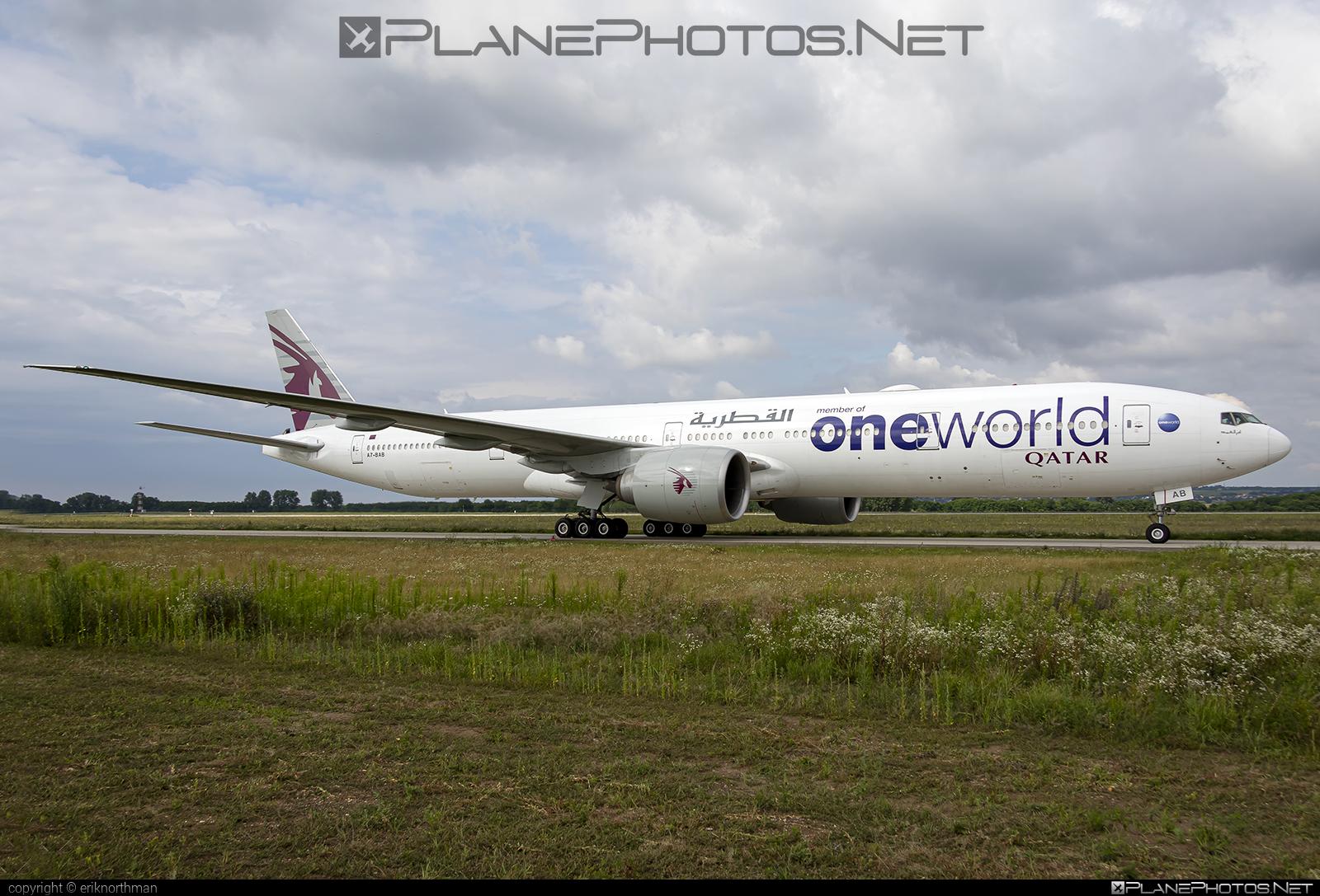 Boeing 777-300ER - A7-BAB operated by Qatar Airways #b777 #b777er #boeing #boeing777 #oneworld #qatarairways #tripleseven