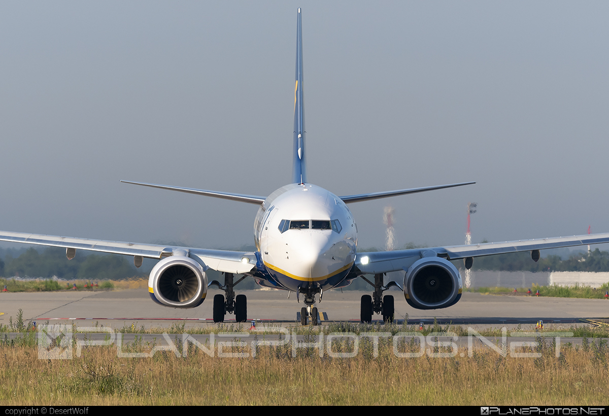 Boeing 737-800 - SP-RKW operated by Ryanair Sun #b737 #b737nextgen #b737ng #boeing #boeing737 #ryanair #ryanairsun