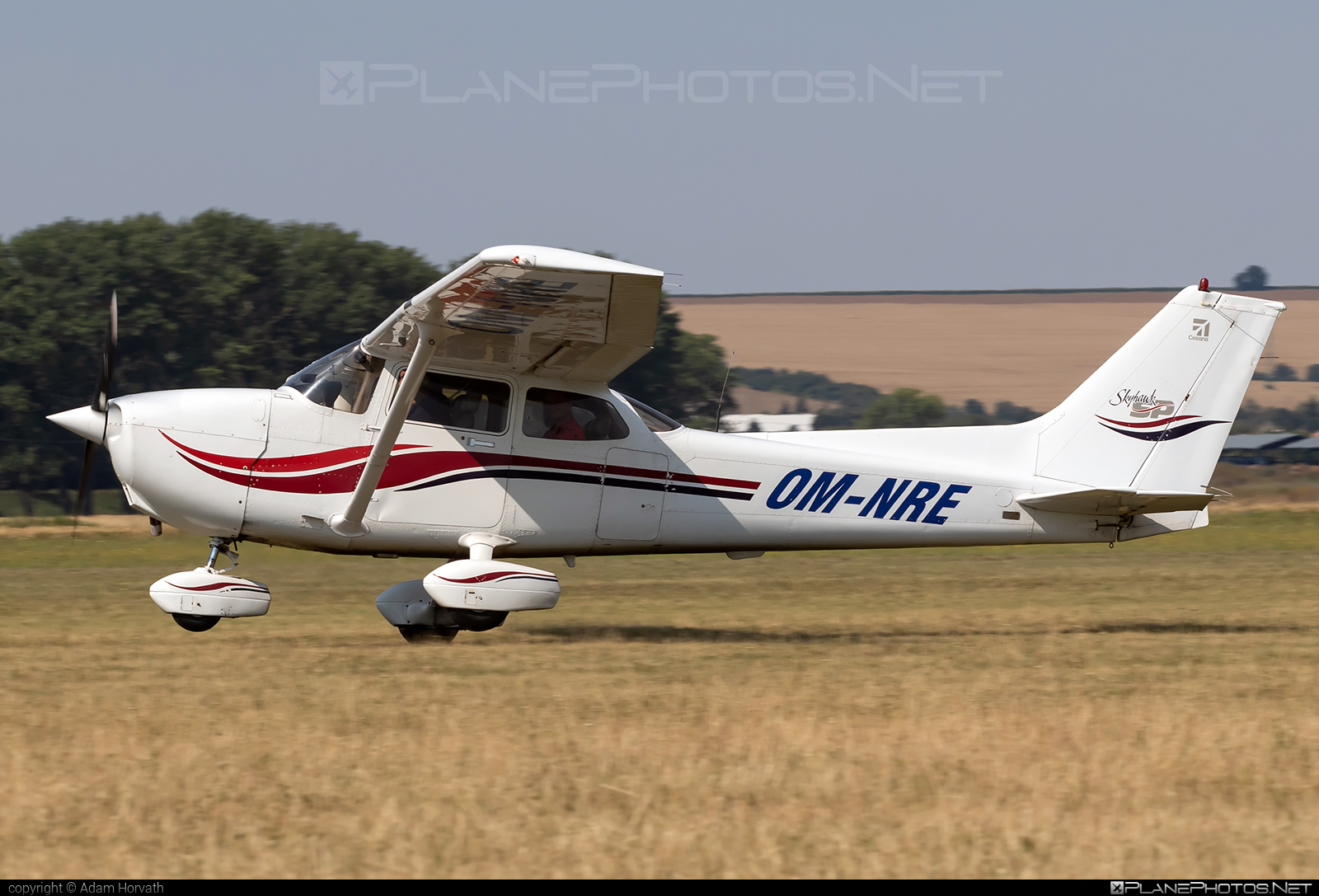 Cessna 172S Skyhawk SP - OM-NRE operated by AERO SLOVAKIA #aeroslovakia #cessna #cessna172 #cessna172s #cessna172skyhawk #cessna172sskyhawk #cessnaskyhawk #cessnaskyhawksp #skyhawksp