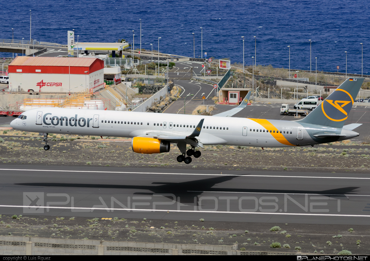 Boeing 757-300 - D-ABOJ operated by Condor #b757 #boeing #boeing757