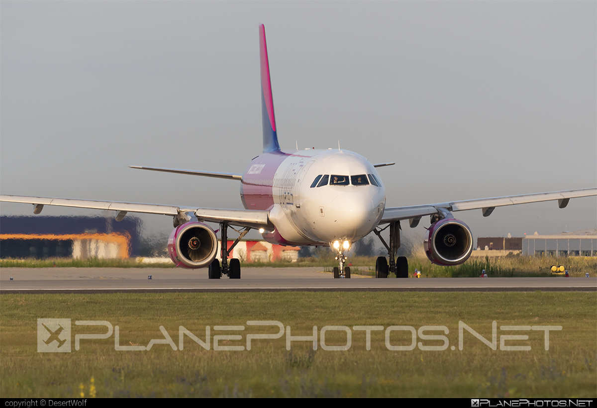 Airbus A320-232 - HA-LPJ operated by Wizz Air #a320 #a320family #airbus #airbus320 #wizz #wizzair