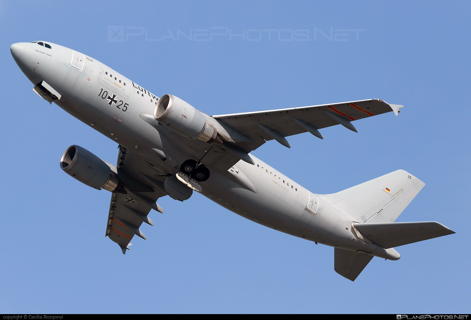 Airbus A310-304MRTT - 10+25 operated by Luftwaffe (German Air Force) #GermanAirForce #a310 #airbus #luftwaffe