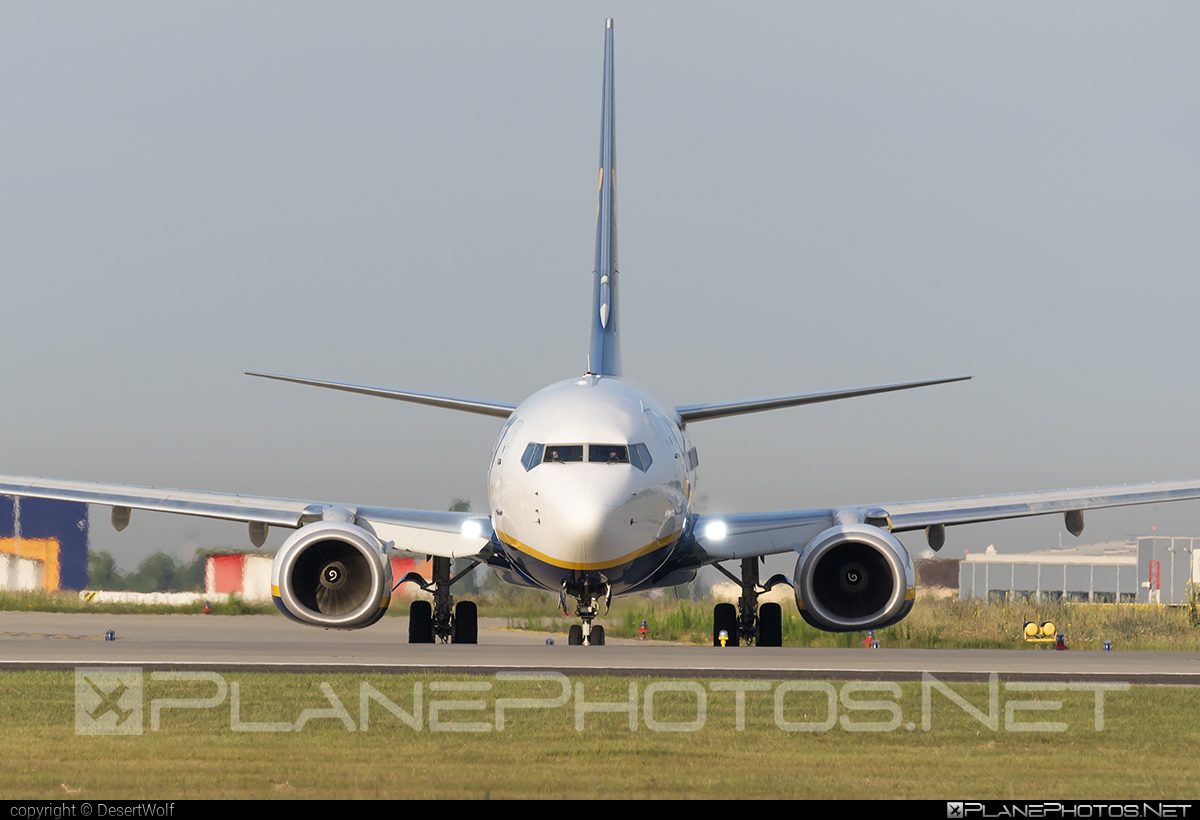 Boeing 737-800 - SP-RSU operated by Ryanair Sun #b737 #b737nextgen #b737ng #boeing #boeing737 #ryanair #ryanairsun