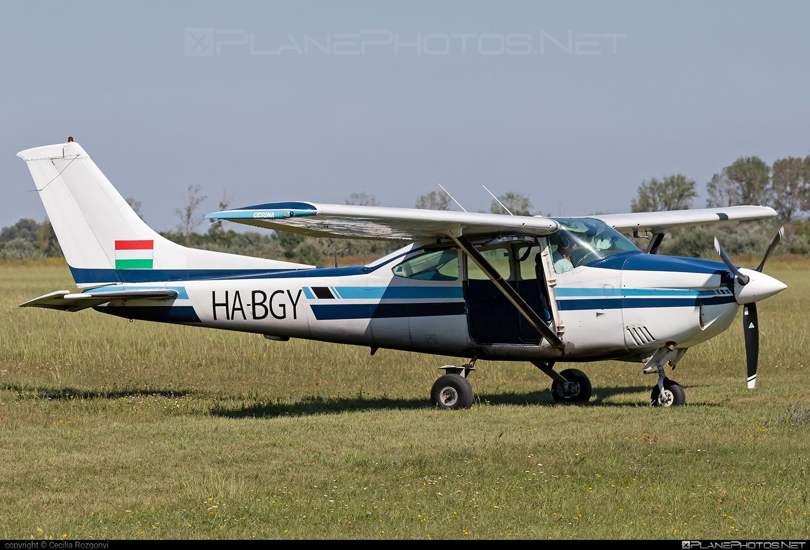 Cessna 182Q Skylane - HA-BGY operated by Private operator #cessna #cessna182 #cessna182q #cessna182qskylane #cessna182skylane #cessnaskylane