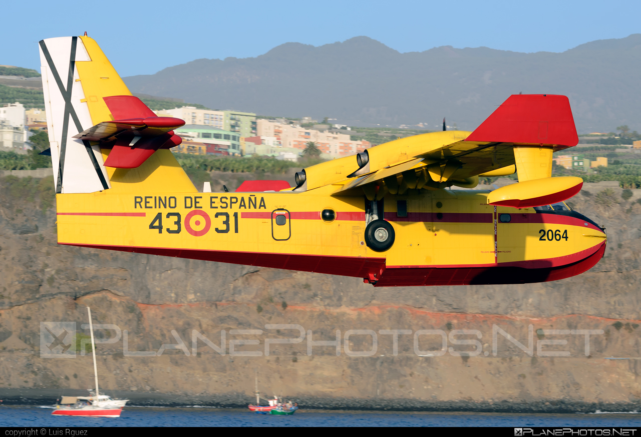 Canadair CL-415 - UD.14-01 operated by Ejército del Aire (Spanish Air Force) #canadair #ejercitodelaire #spanishairforce