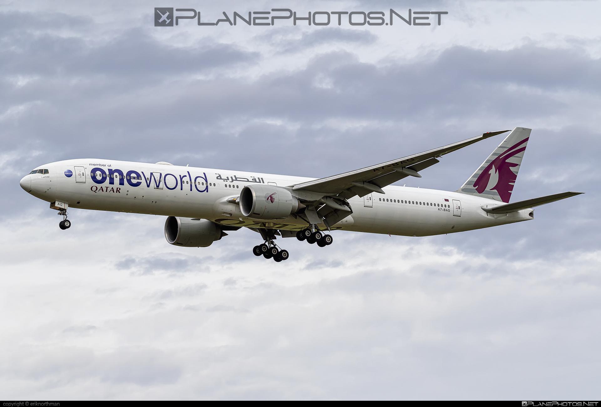 Boeing 777-300ER - A7-BAG operated by Qatar Airways #b777 #b777er #boeing #boeing777 #oneworld #qatarairways #tripleseven