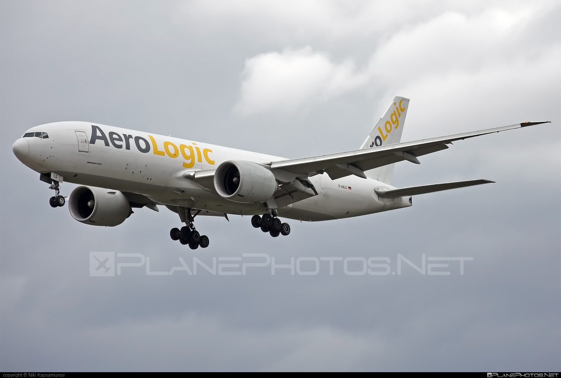 Boeing 777F - D-AALG operated by AeroLogic #aerologic #b777 #b777f #b777freighter #boeing #boeing777 #tripleseven