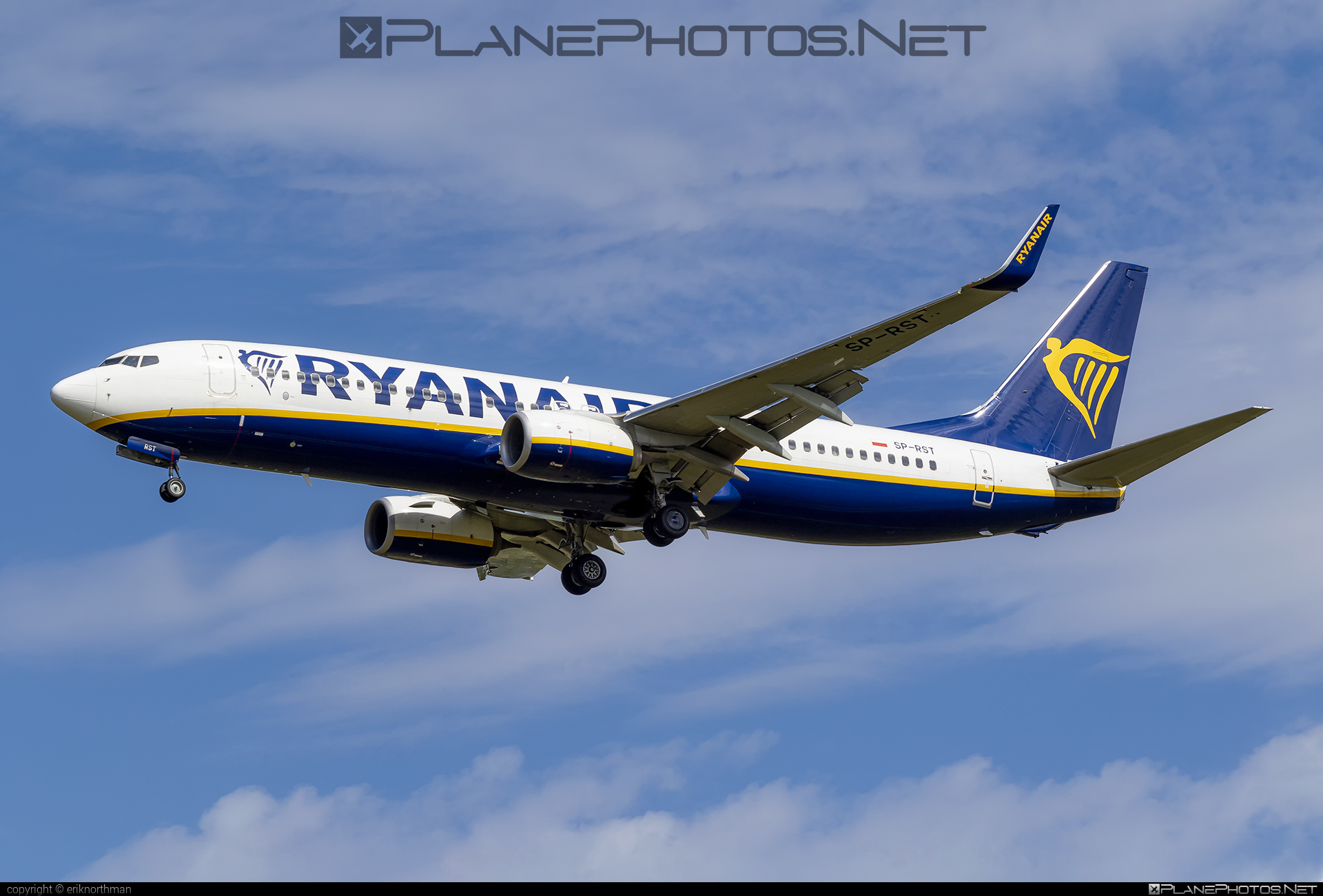 Boeing 737-800 - SP-RST operated by Ryanair Sun #b737 #b737nextgen #b737ng #boeing #boeing737 #ryanair #ryanairsun