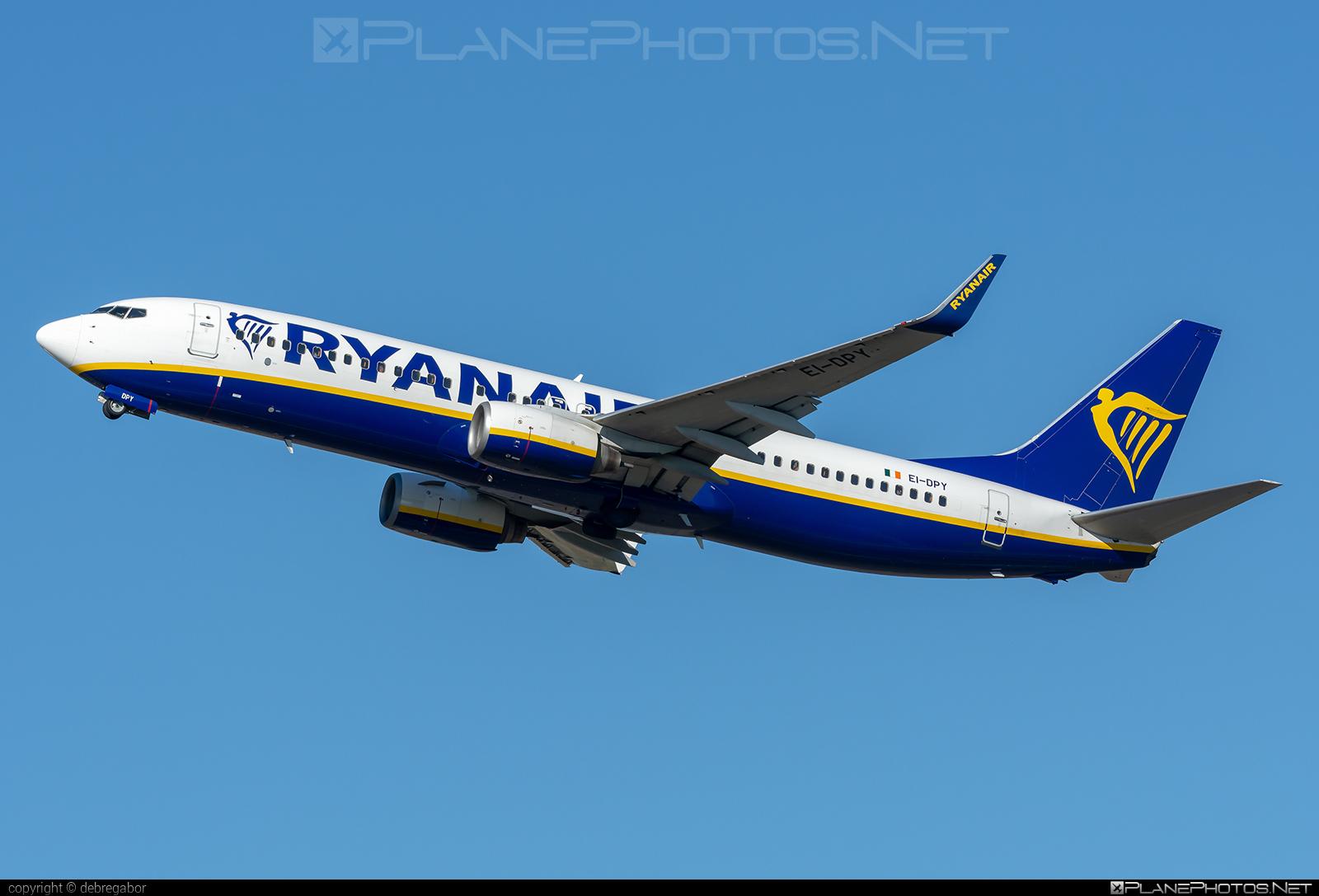 Boeing 737-800 - EI-DPY operated by Ryanair #b737 #b737nextgen #b737ng #boeing #boeing737 #ryanair