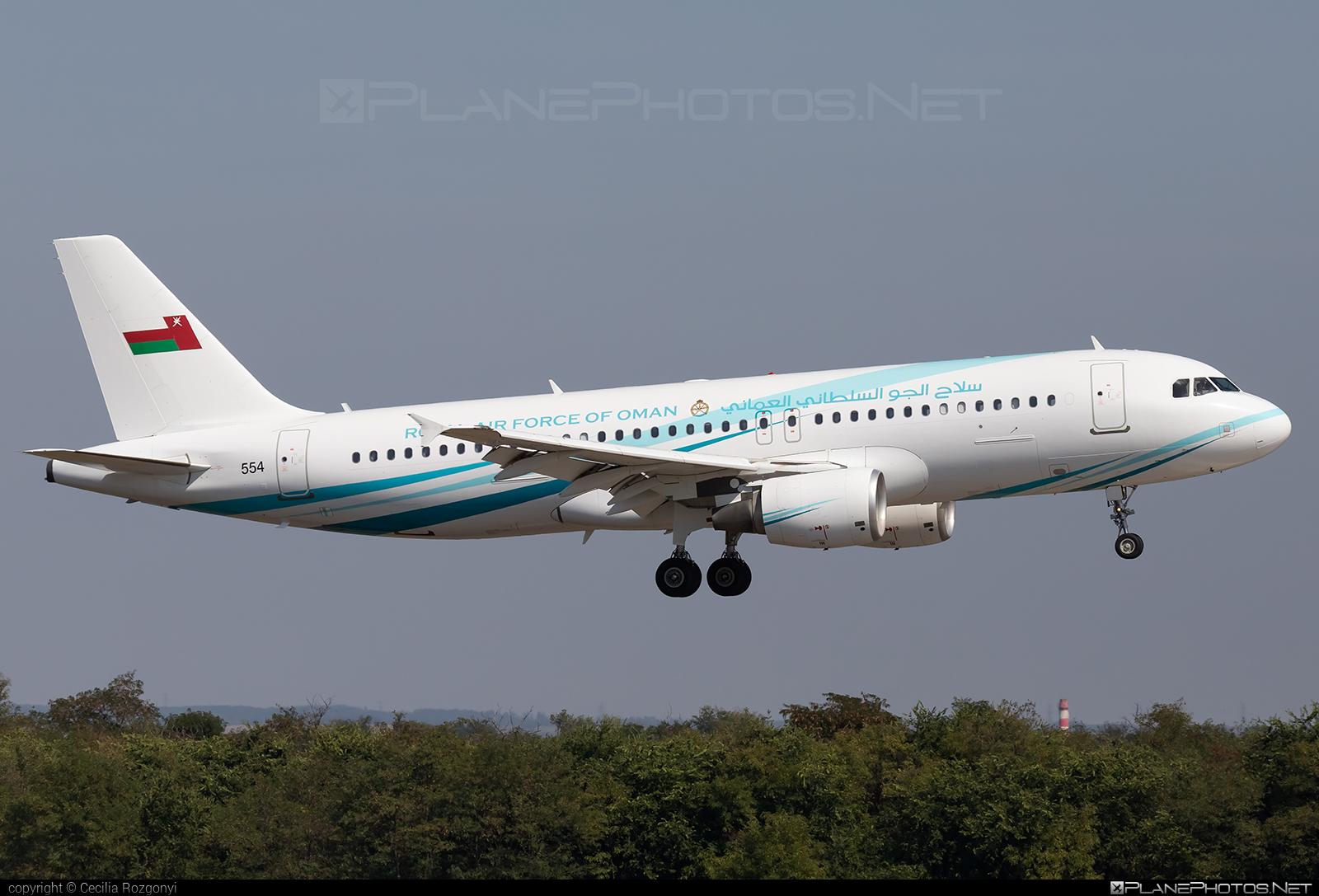 Airbus A320-214 - 554 operated by Silāh al-Jaww as-Sultāniy 'Umān (Royal Air Force of Oman) #a320 #a320family #airbus #airbus320 #royalairforceofoman #silaaljawwassultaniyuman