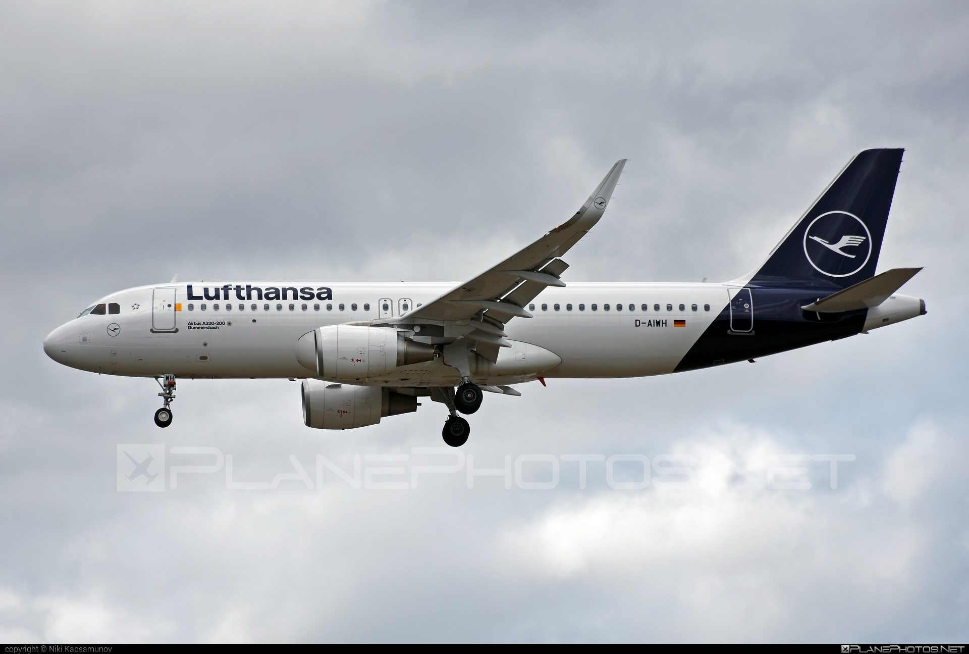 Airbus A320-214 - D-AIWH operated by Lufthansa #a320 #a320family #airbus #airbus320 #lufthansa