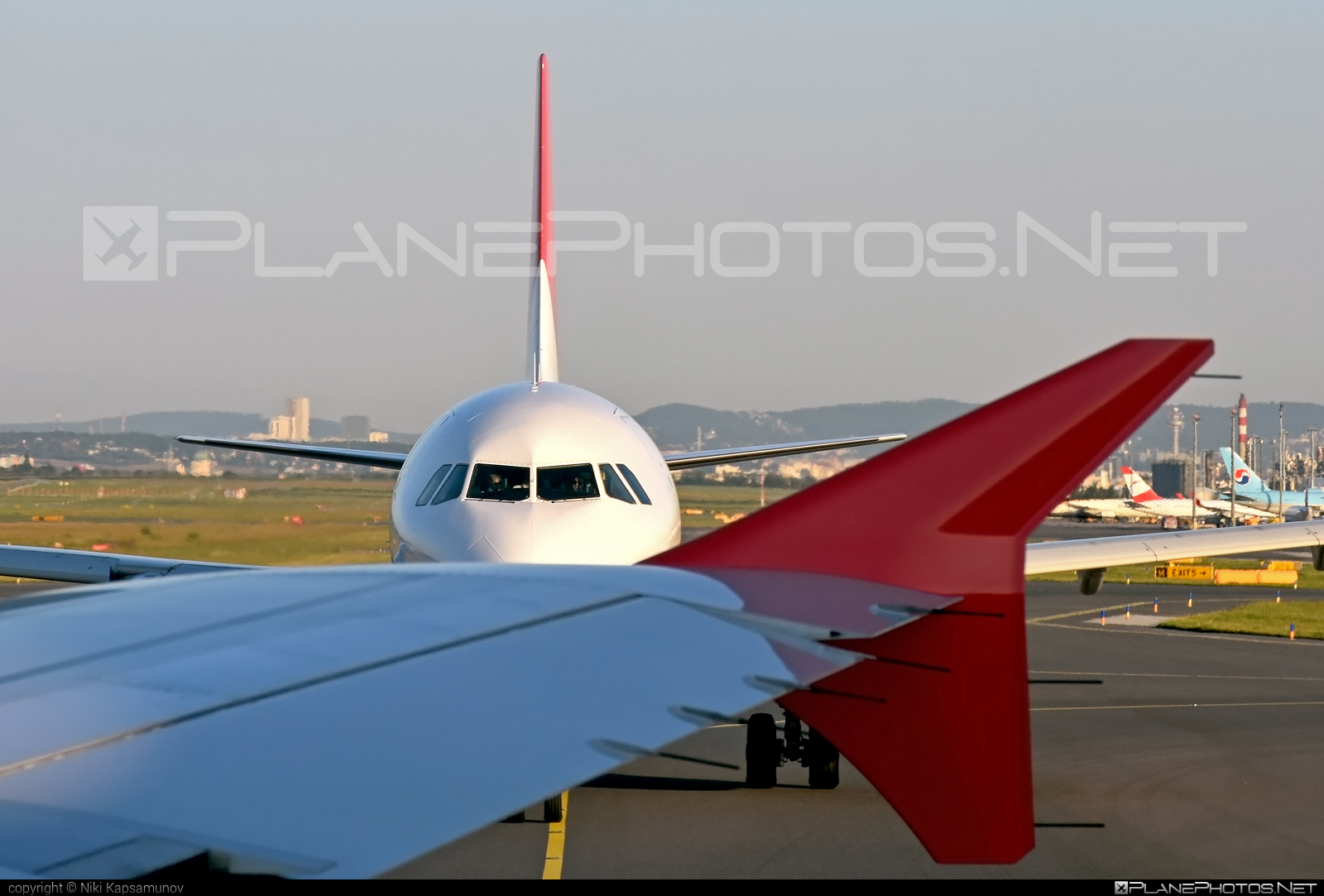 Airbus A320-214 - OE-LMI operated by LaudaMotion #a320 #a320family #airbus #airbus320 #laudamotion